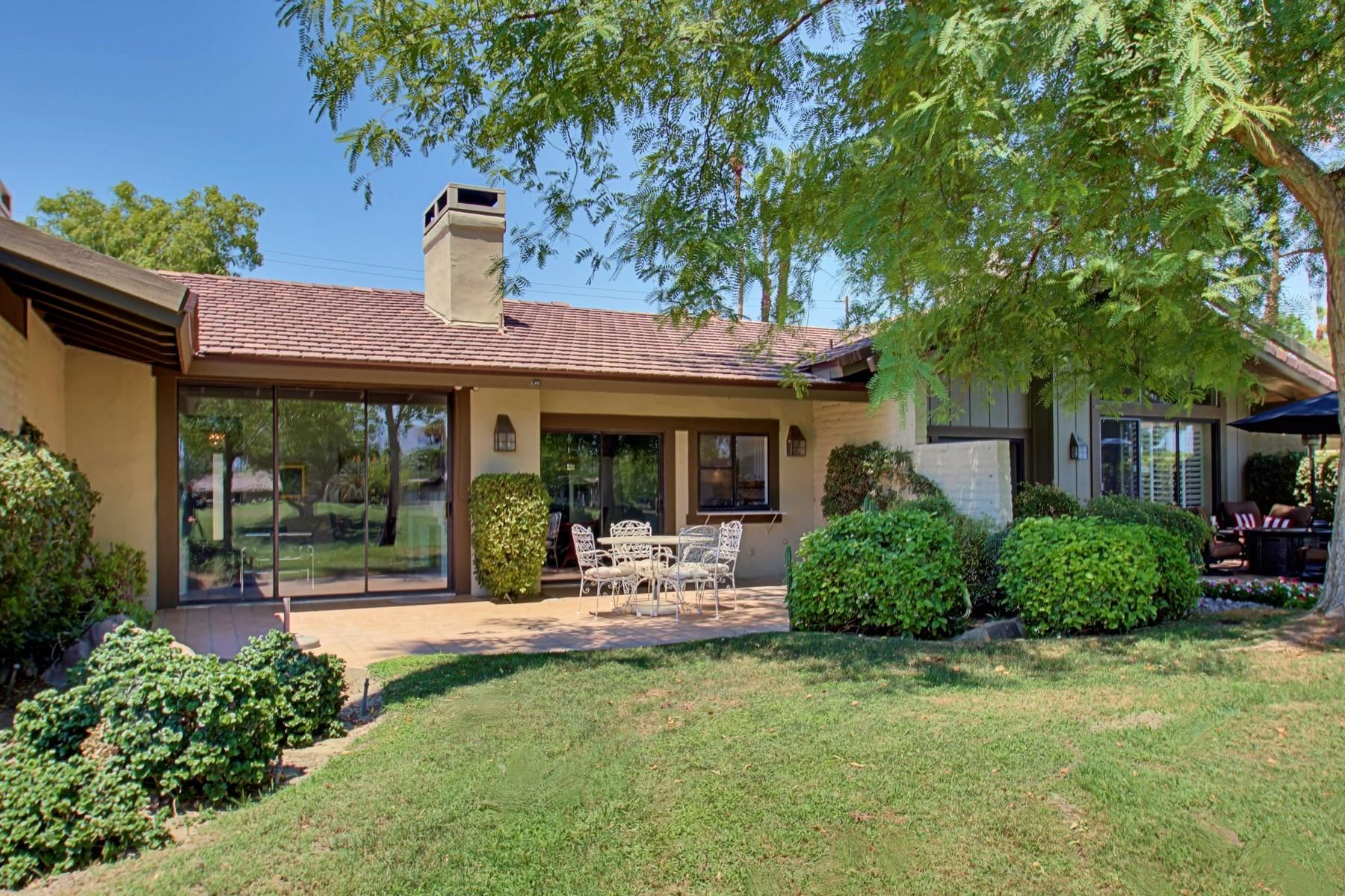 共管式独立产权公寓 为 销售 在 273 Bouquet Canyon Drive Palm Desert, 加利福尼亚州 92211 美国