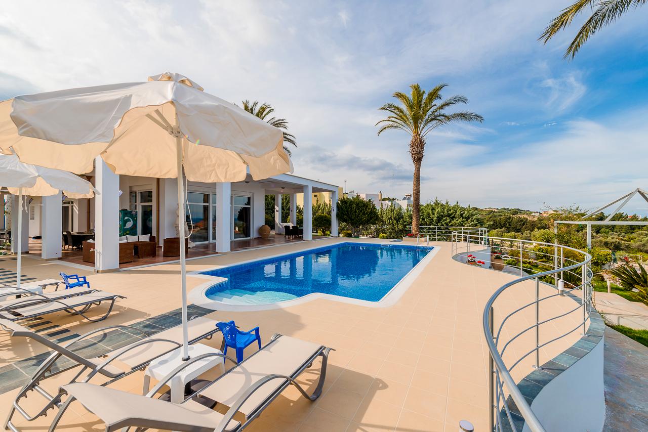 独户住宅 为 销售 在 Luxurious Hideout 罗兹岛, 爱海琴南部, 希腊