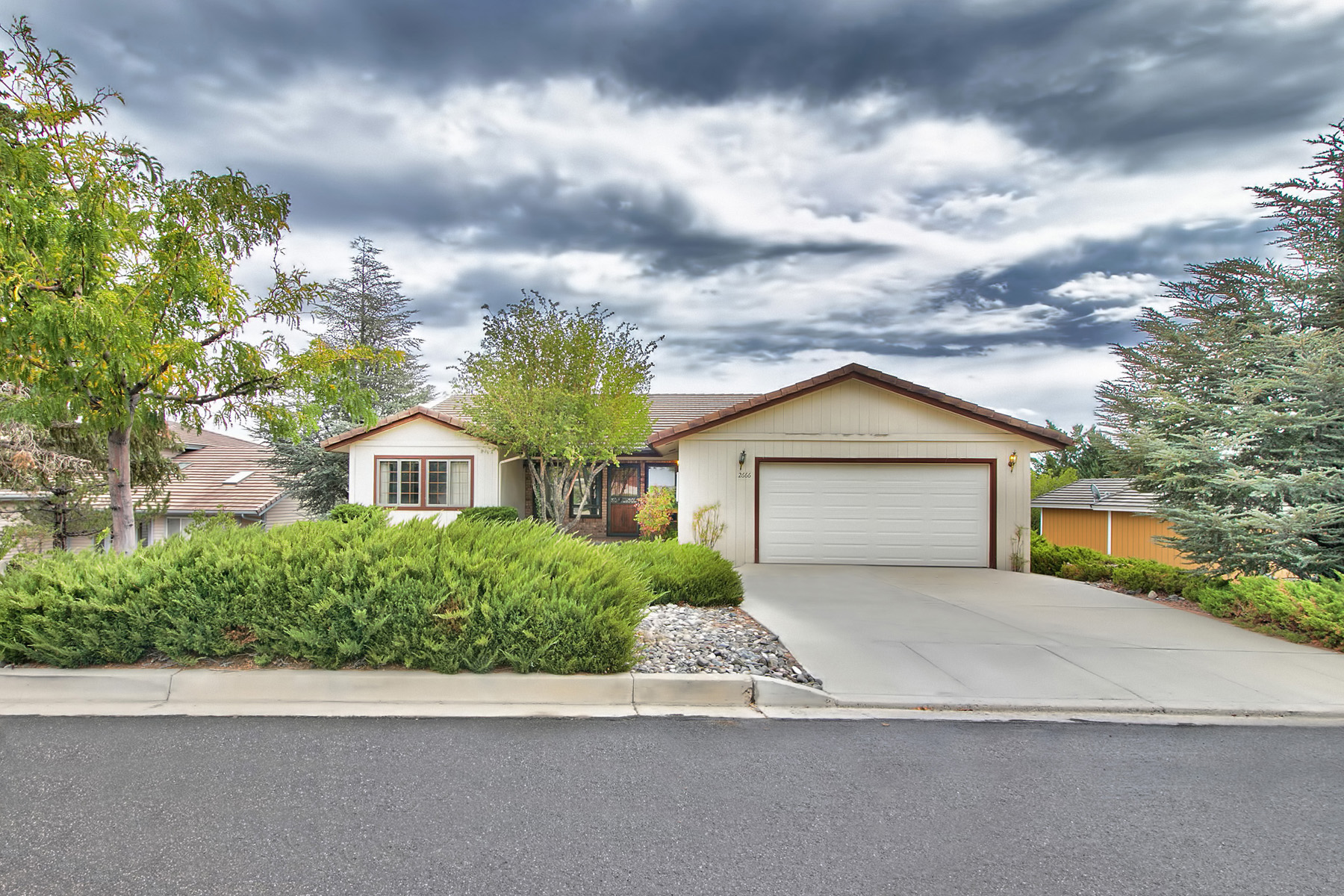 Single Family Home for Sale at 2666 Chaparral Reno, Nevada 89519 United States