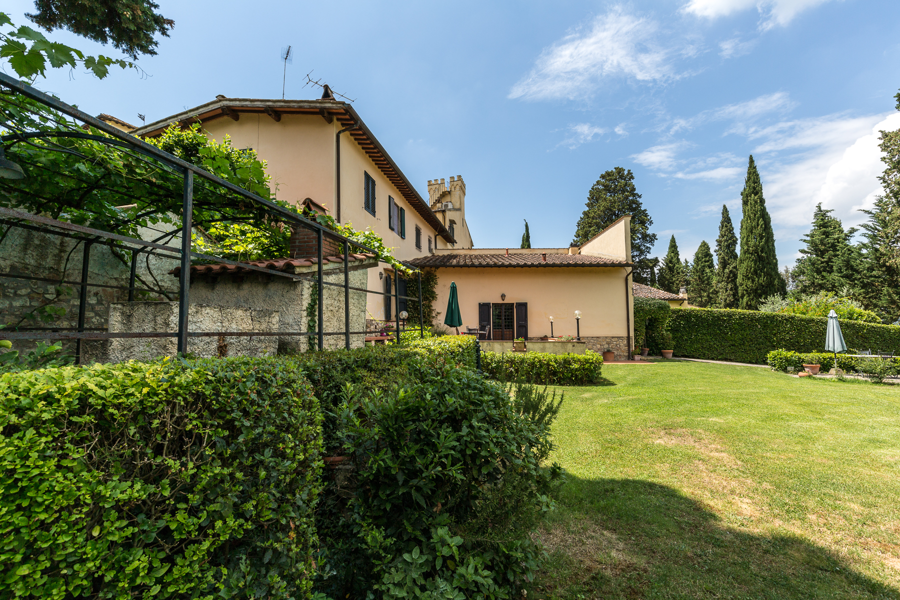 Additional photo for property listing at Charming property near Florence Bagno A Ripoli, Florence Italia