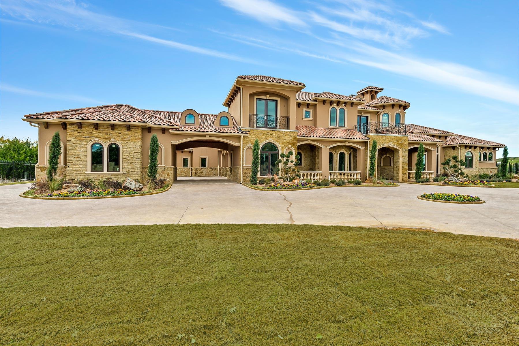 단독 가정 주택 용 매매 에 Incredible Mediterranean Estate on One Acre 3708 N. White Chapel Boulevard Southlake, 텍사스, 76092 미국