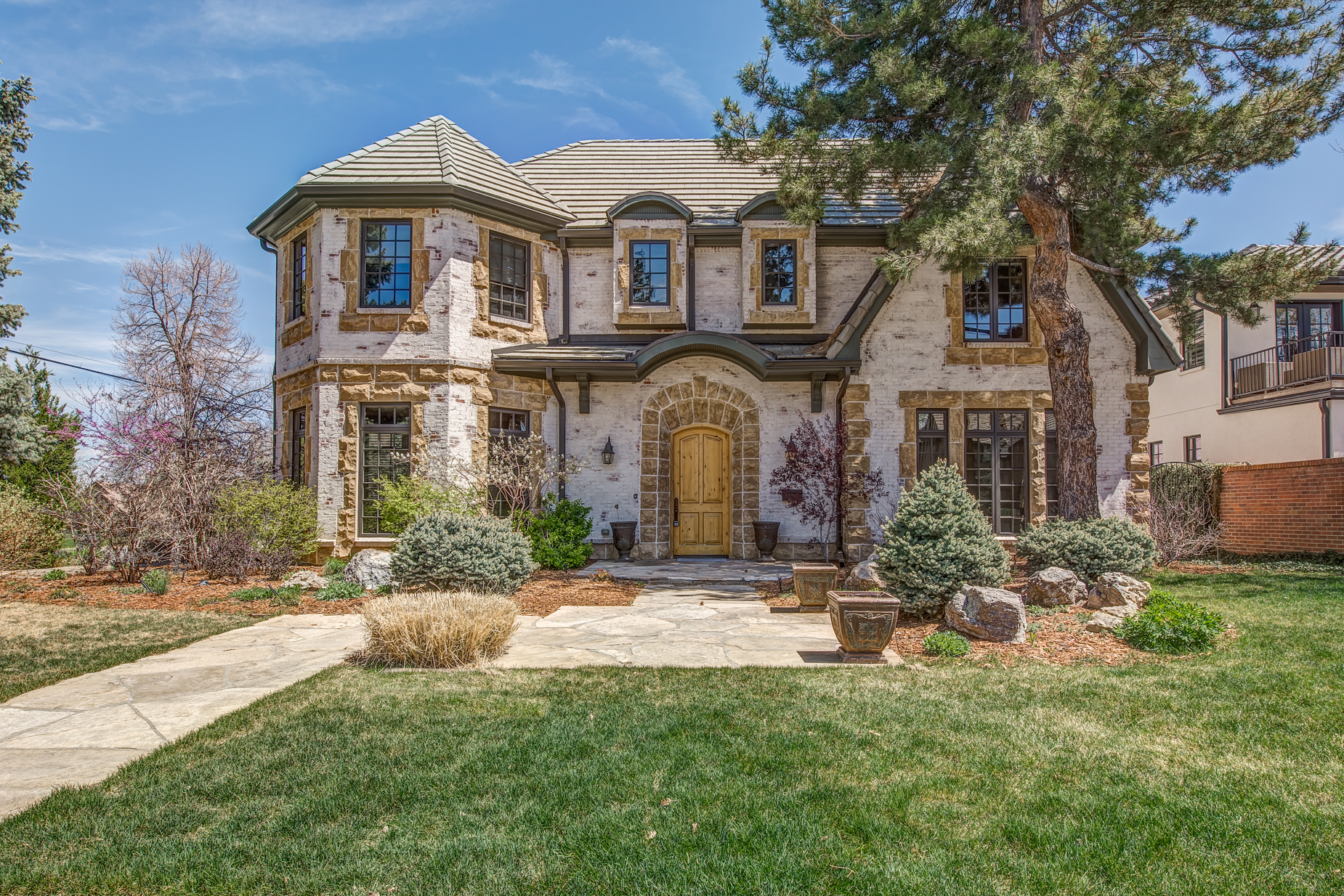 Single Family Home for Sale at Across from the Park 170 Forest Street Hilltop, Denver, Colorado, 80220 United States