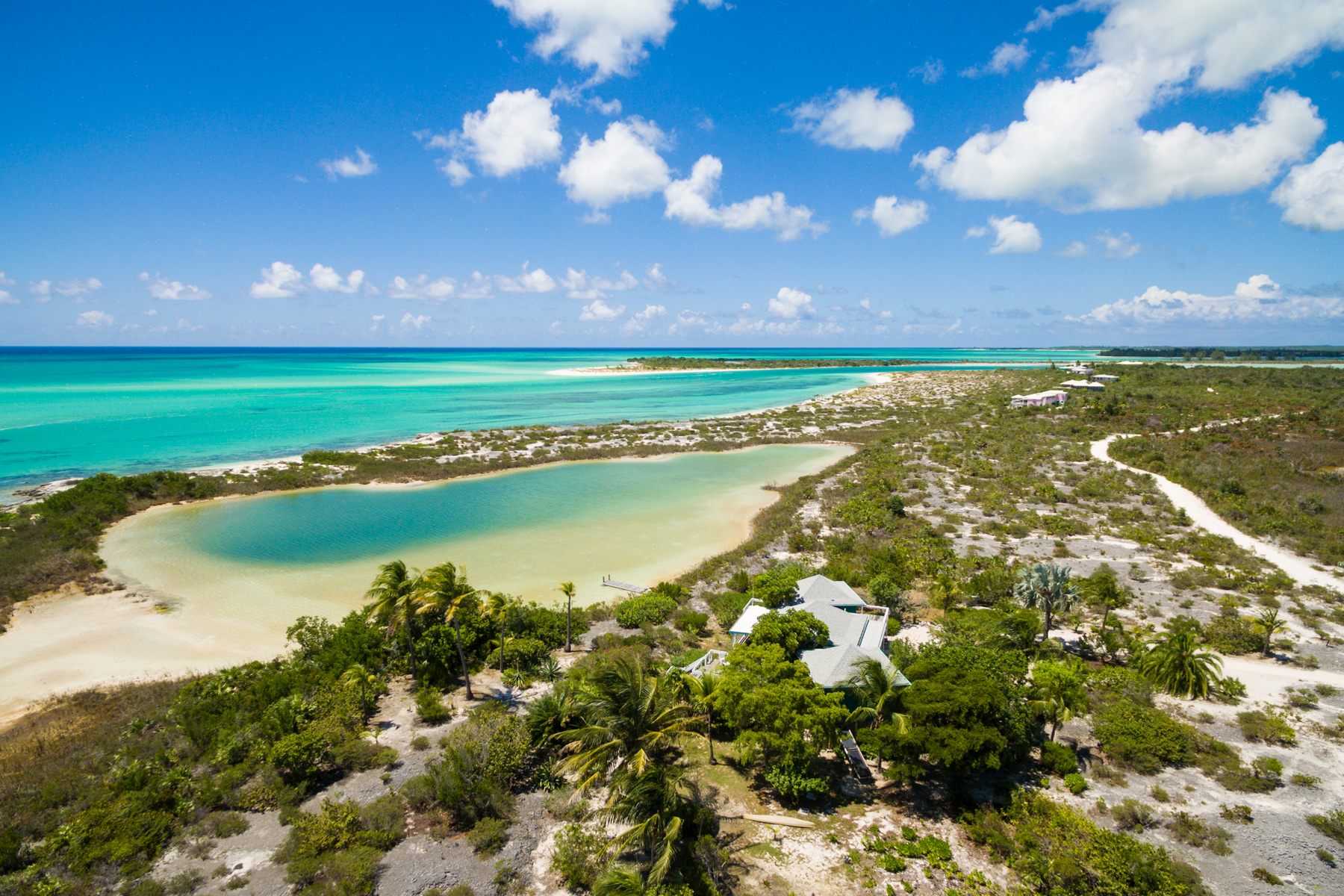 Additional photo for property listing at Sand Dollar Point Ocean Front Pine Cay, Pine Cay TC Теркс И Кайкос