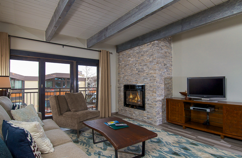 Condominium for Sale at Timberline D2B 690 Carriage Way D2B Snowmass Village, Colorado 81615 United States