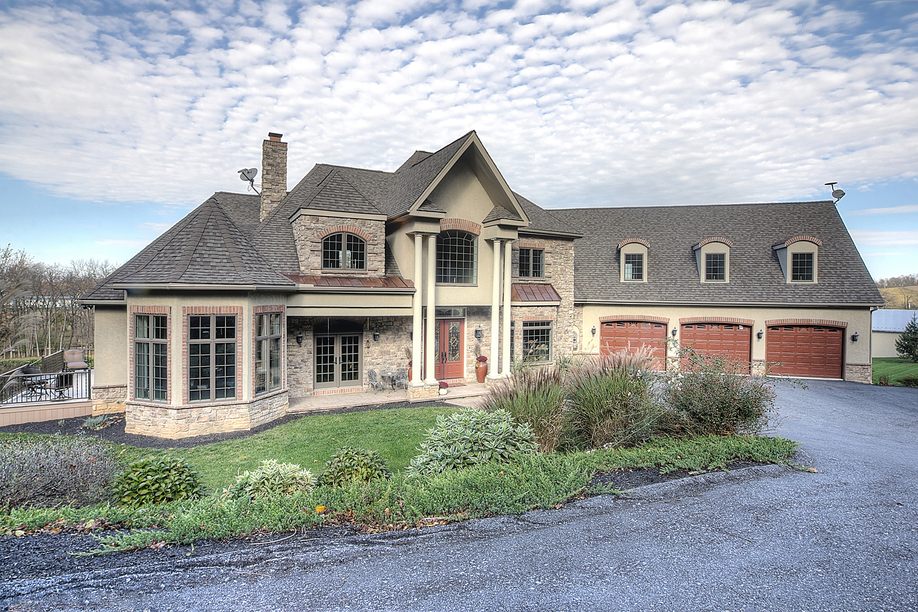 Single Family Home for Sale at 650 Power Road Manheim, Pennsylvania 17545 United States
