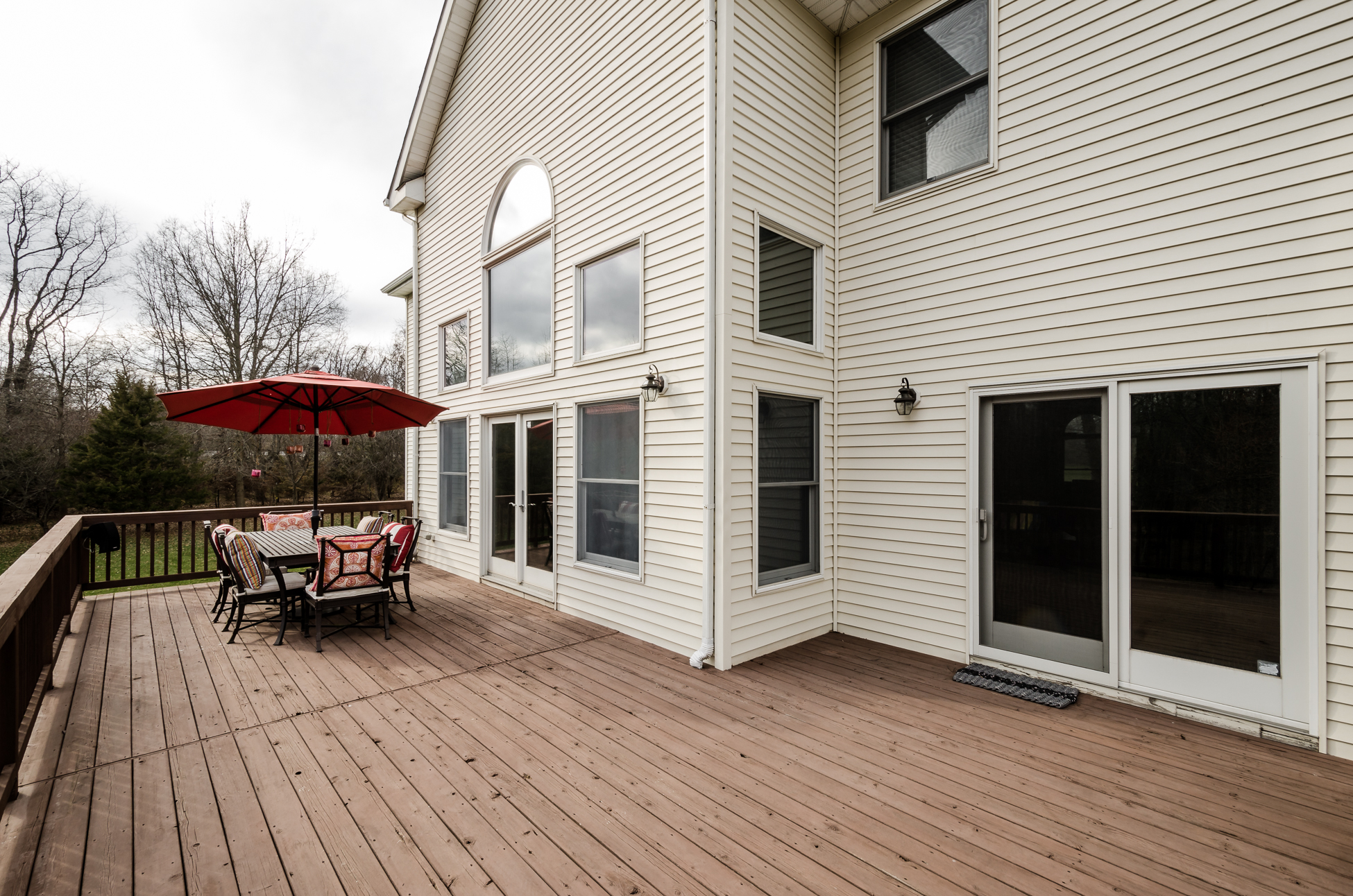 Additional photo for property listing at Space, Style, Function - Hopewell Township 32 Lake Baldwin Drive Pennington, Нью-Джерси 08534 Соединенные Штаты