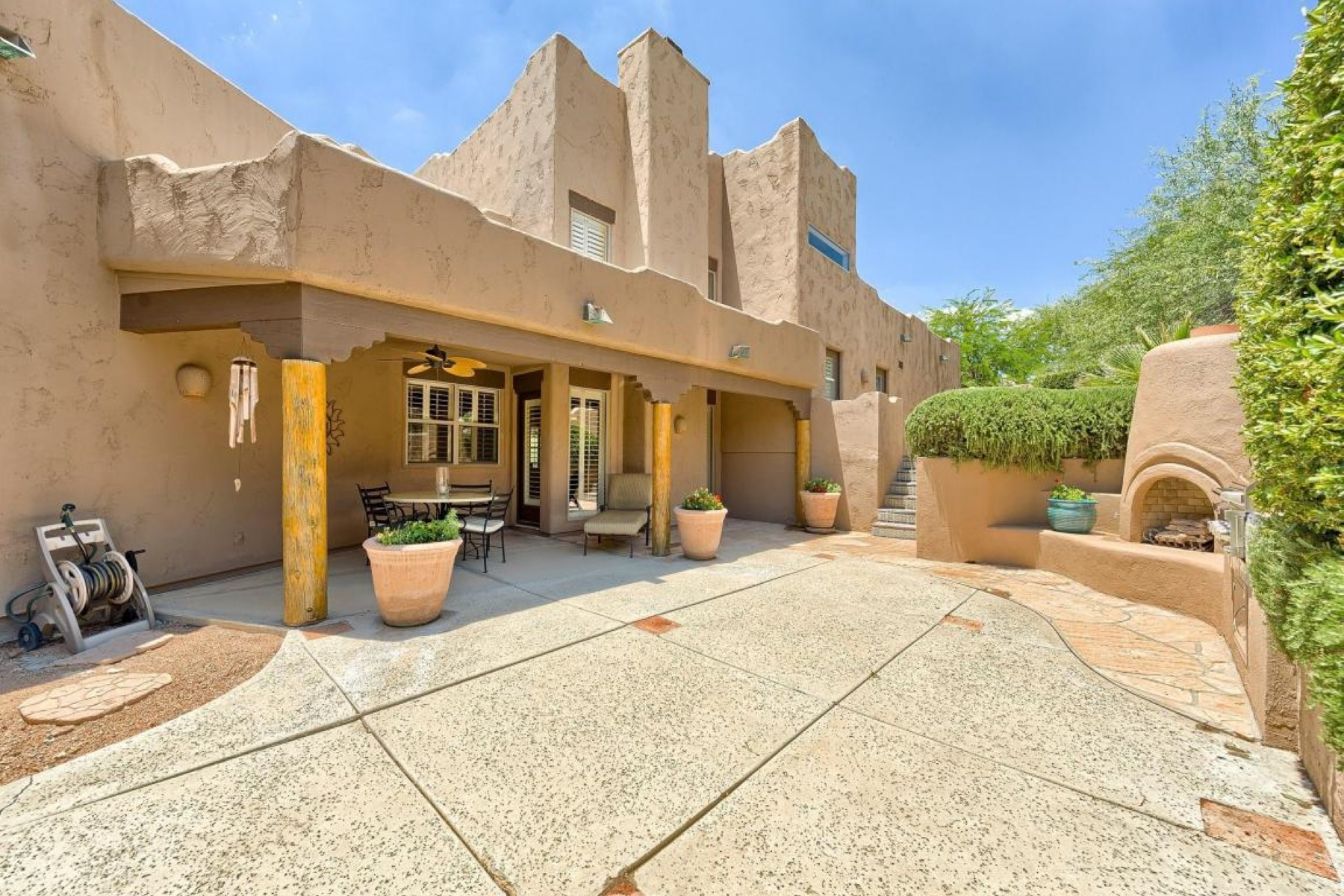 Single Family Home for Sale at Southwest Charmer in Rancho Manana. 38953 N 57TH PL Cave Creek, Arizona 85331 United States