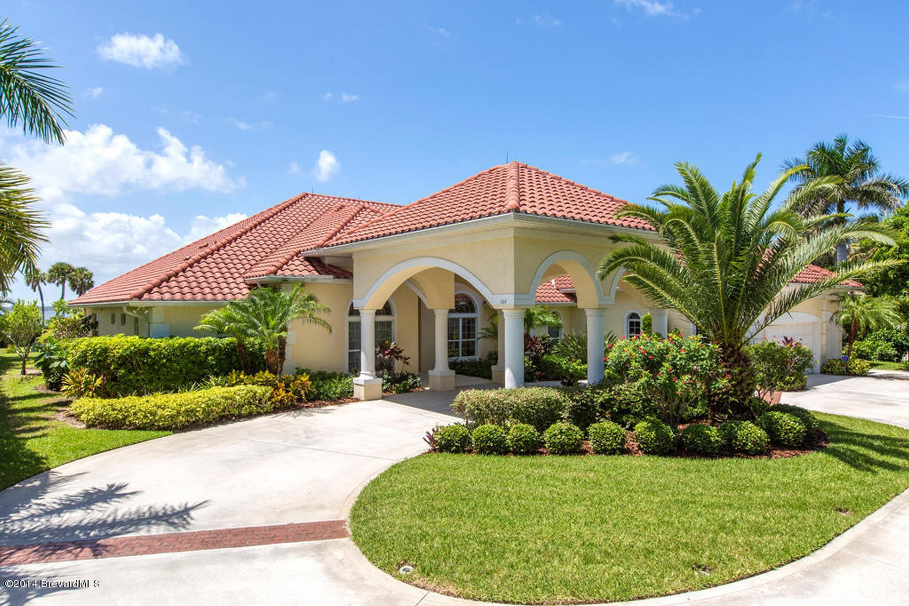Single Family Home for Sale at 164 Bayshore Drive Melbourne Beach, Florida 32951 United States