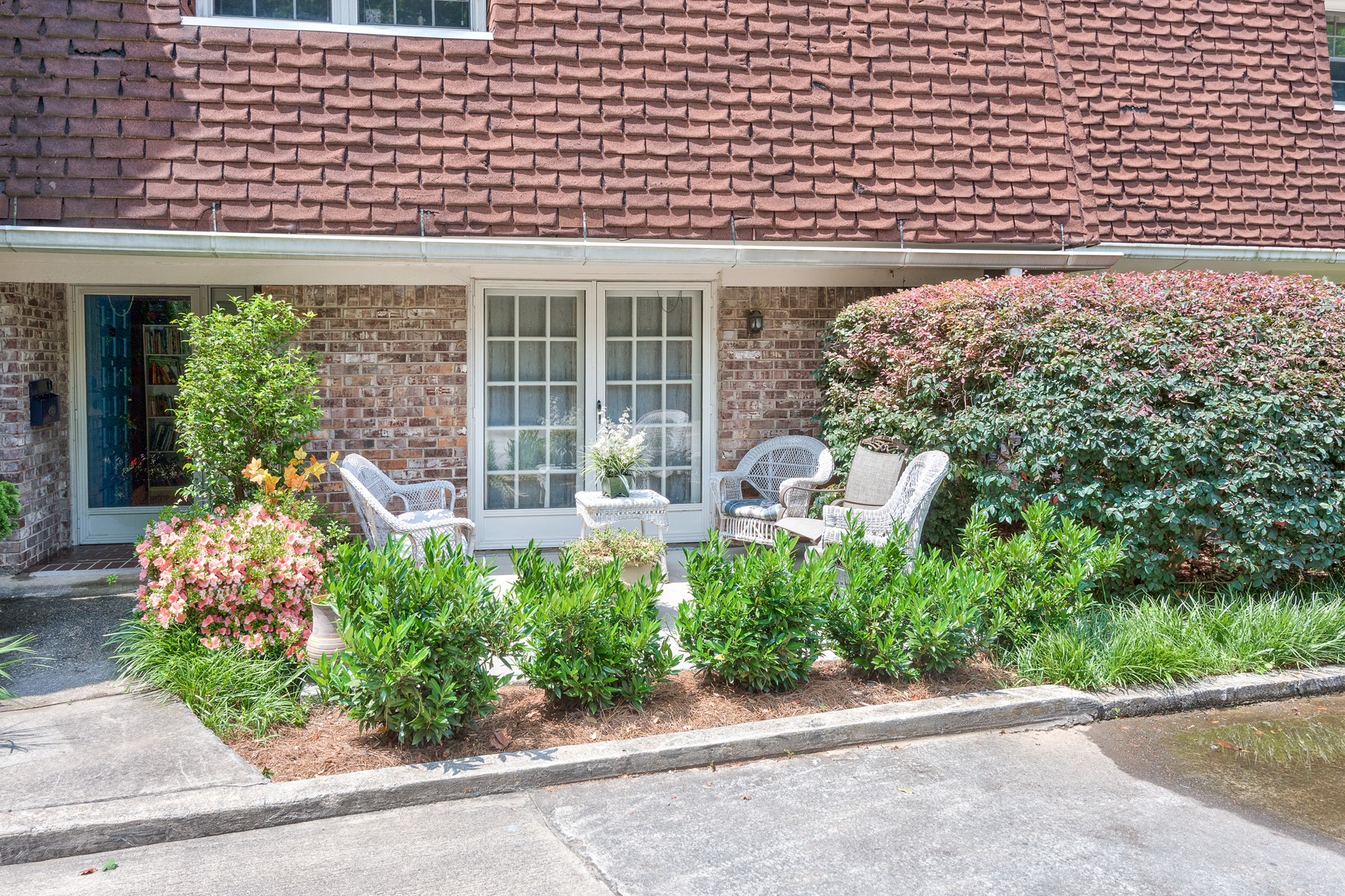 Townhouse for Sale at Excellent Value Intown 1154 Hampton Way NE Atlanta, Georgia 30324 United States