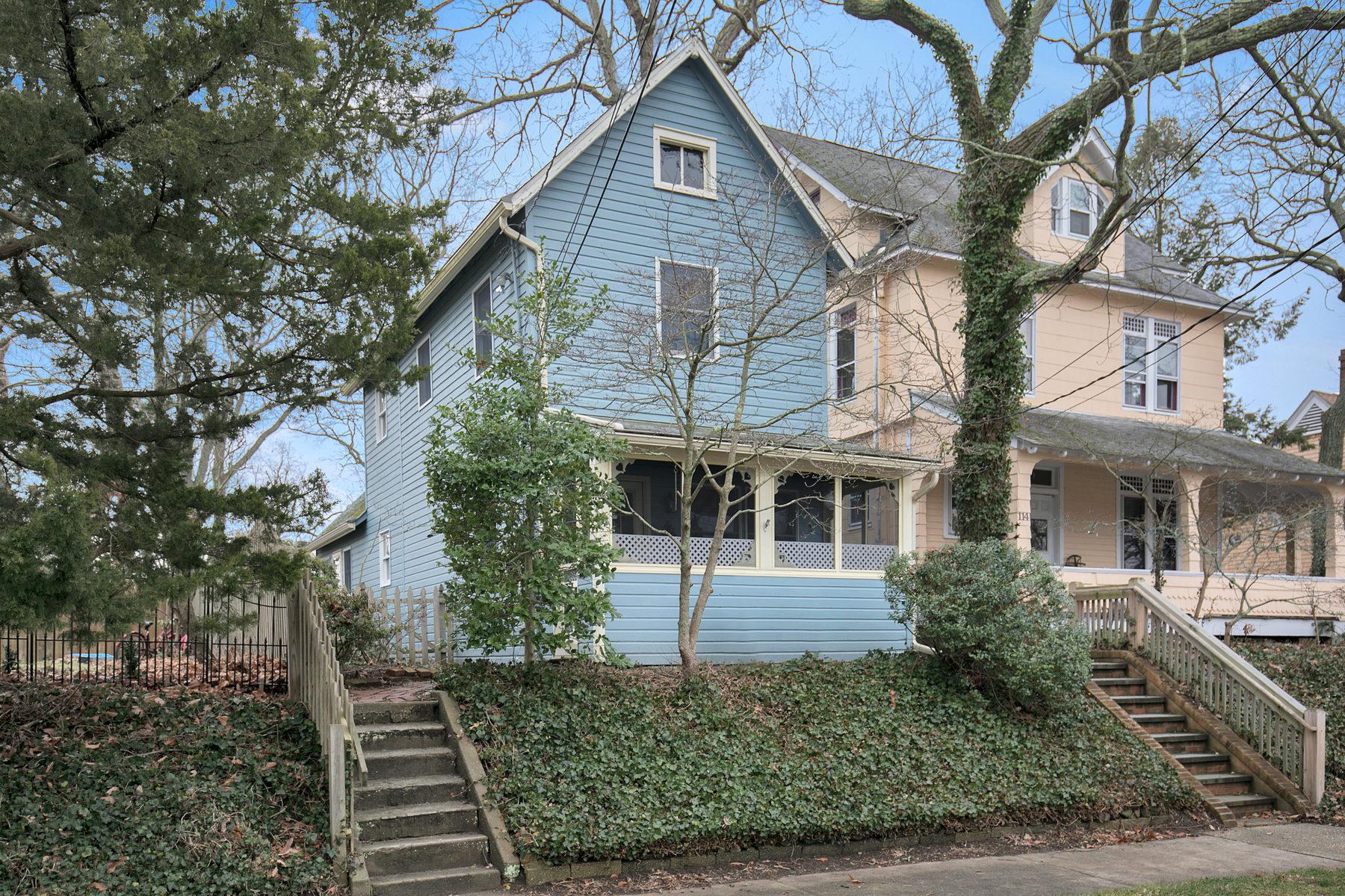 Частный односемейный дом для того Продажа на Warm And Inviting One-Of-A-Kind Home 116 Ocean Avenue Island Heights, Нью-Джерси 08732 Соединенные Штаты