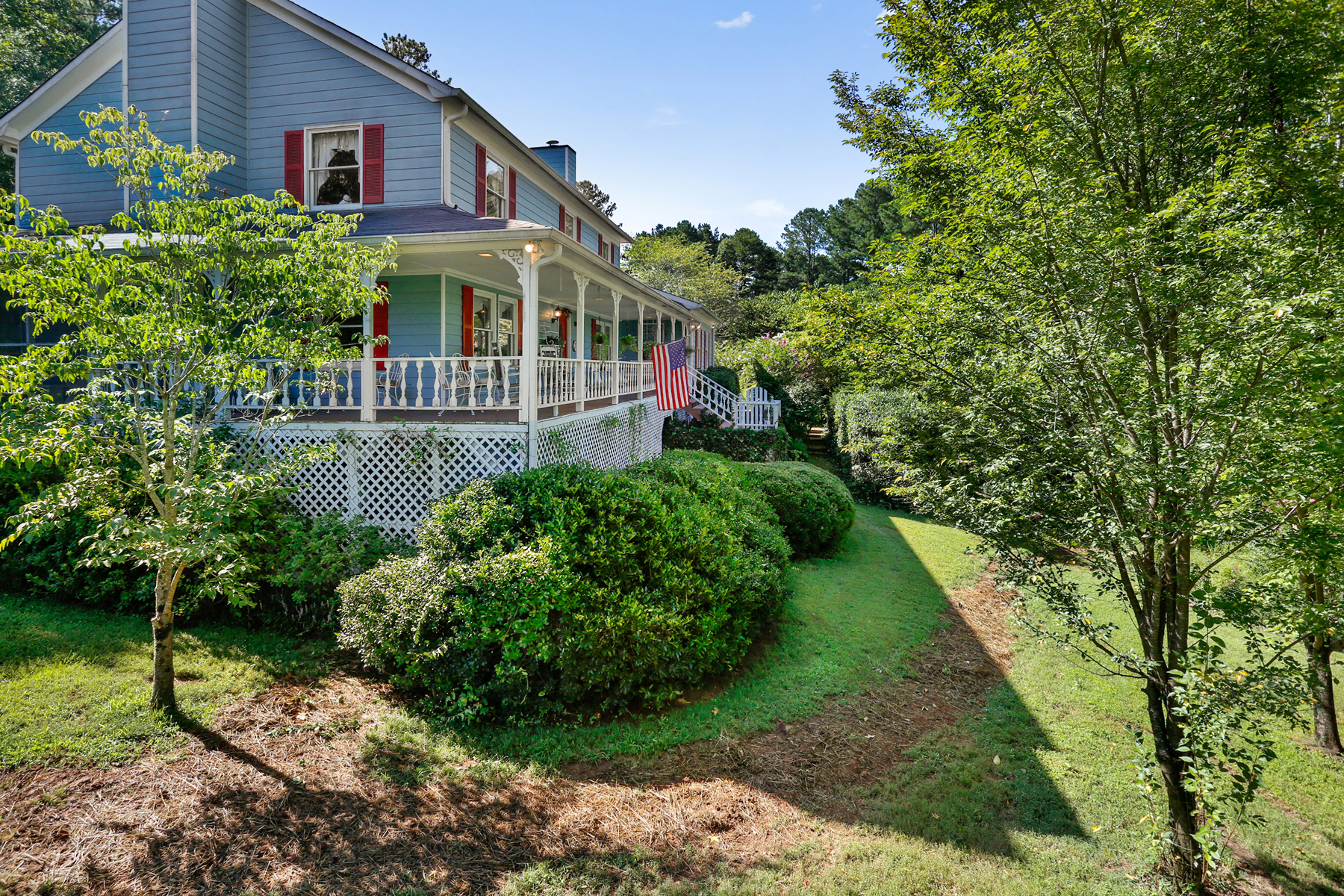 Additional photo for property listing at Serene Lake Property 45 Minutes From Atlanta 24 Cherokee Drive White, Γεωργια 30184 Ηνωμενεσ Πολιτειεσ