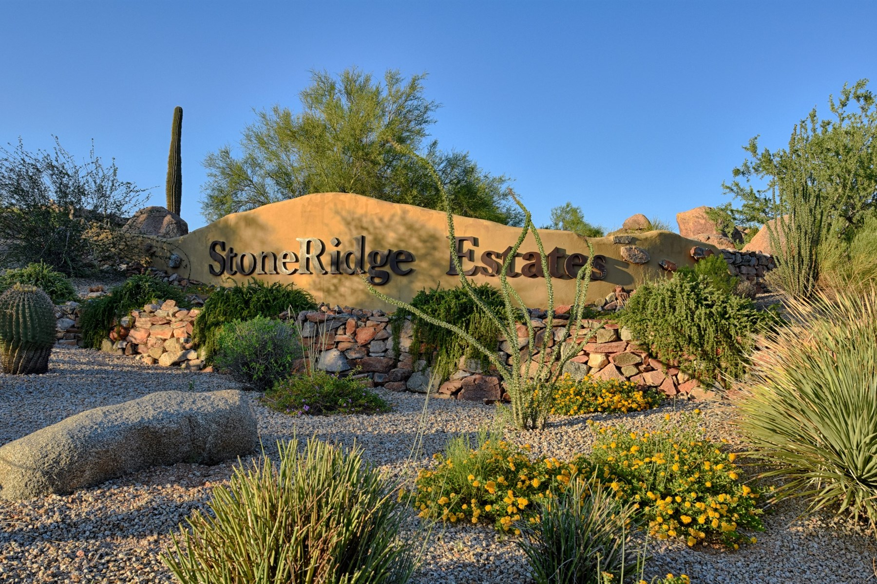 Single Family Home for Sale at Beautiful Stoneridge Estate 15108 E Sunburst Drive Fountain Hills, Arizona, 85268 United States