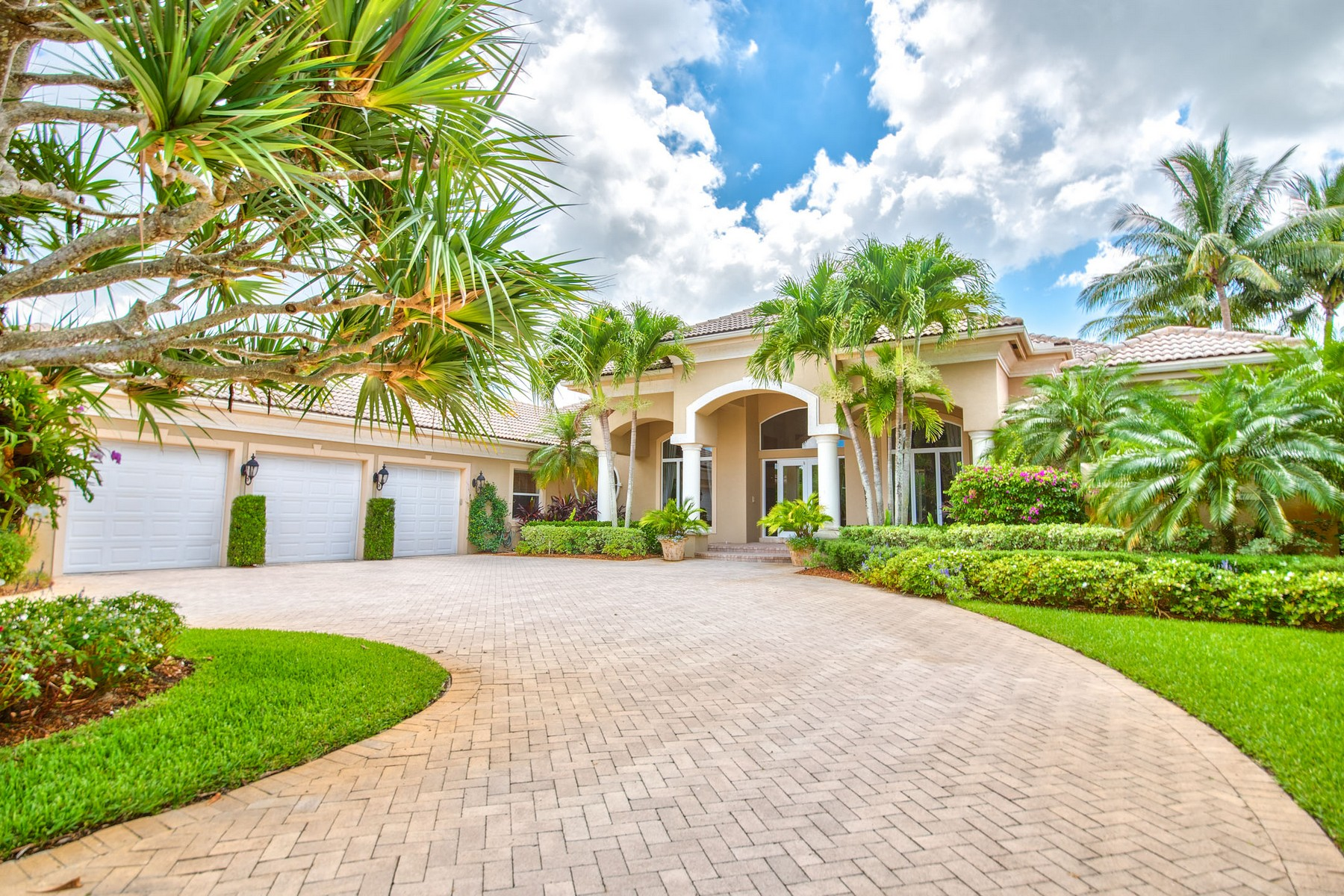 Single Family Home for Sale at 3460 Ambassador Drive Equestrian Club Estates, Wellington, Florida, 33414 United States