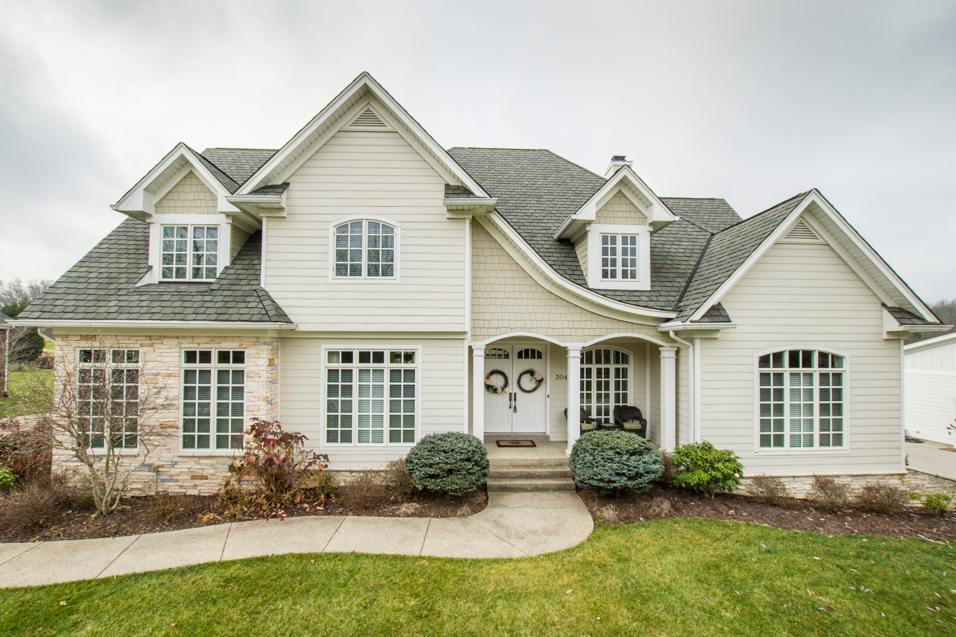 Property For Sale at 304 Arthur Hills Way