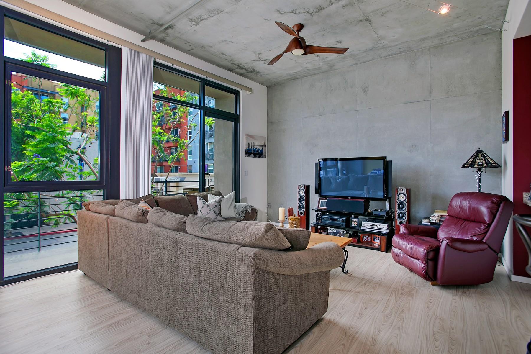 Appartement en copropriété pour l Vente à 527 10th Avenue #209 East Village, San Diego, Californie, 92101 États-Unis
