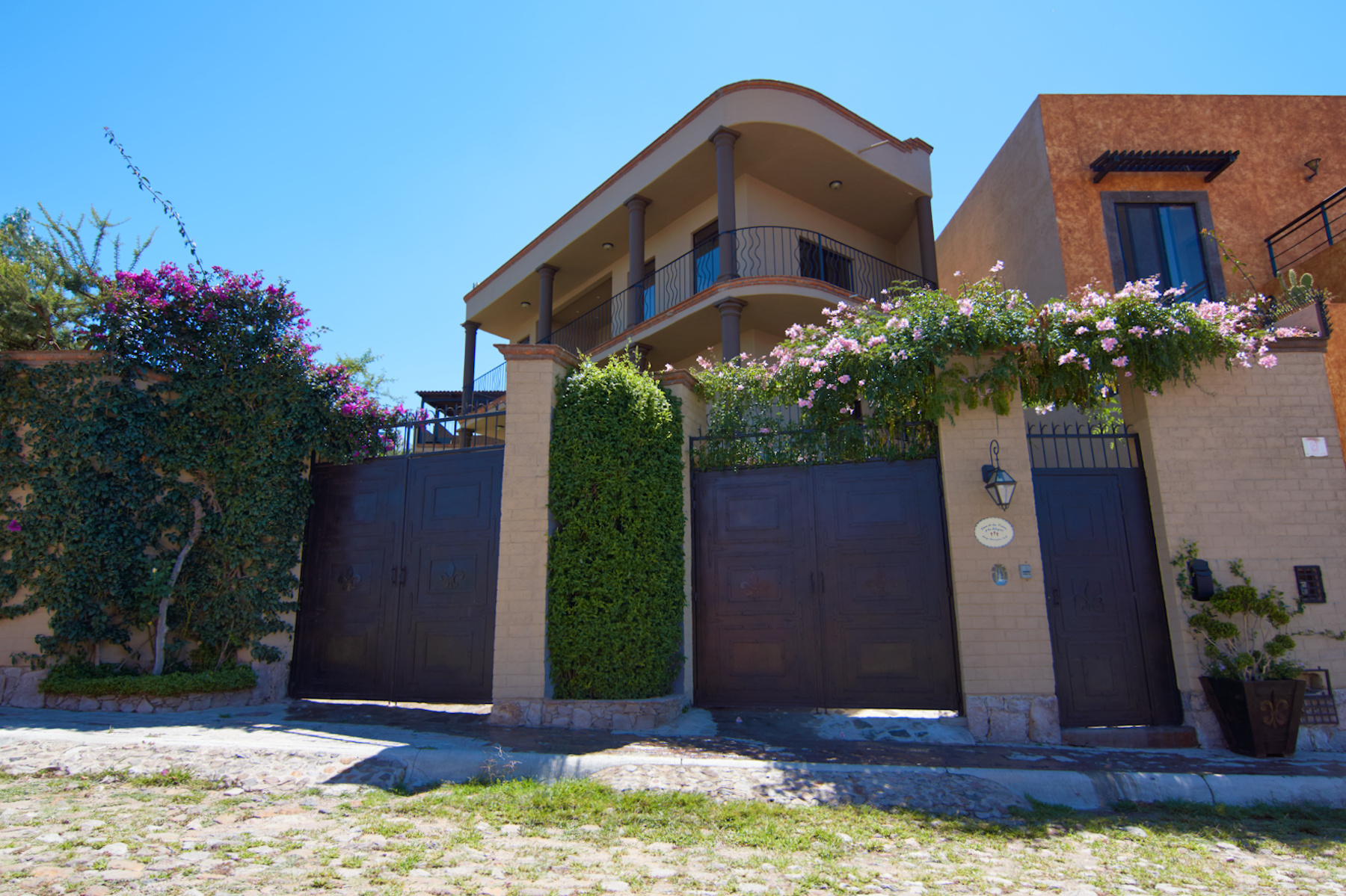 sales property at Casa Fray Anemziur