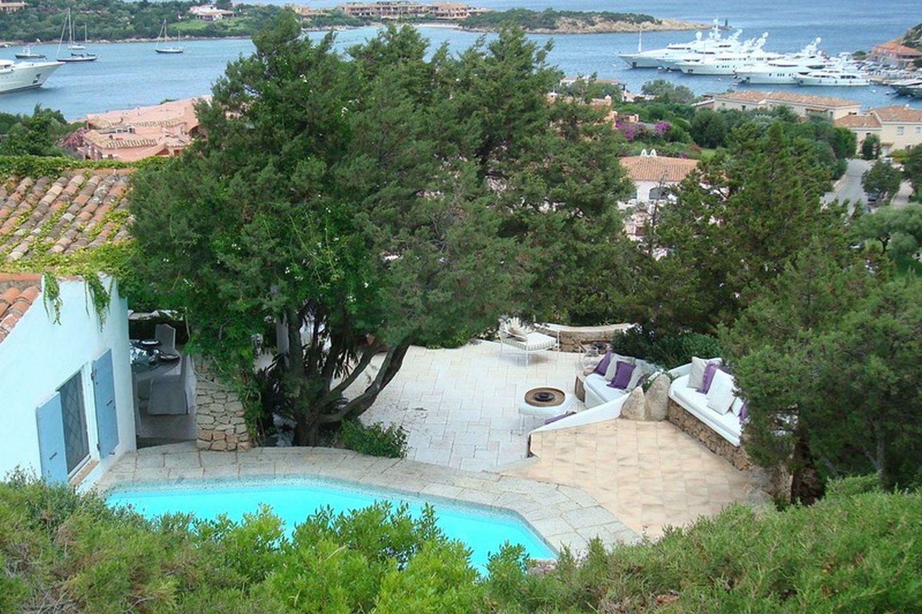 Single Family Home for Sale at Iconic Sardinia-style villa with pool Via delle Caravelle Porto Cervo, 07021 Italy