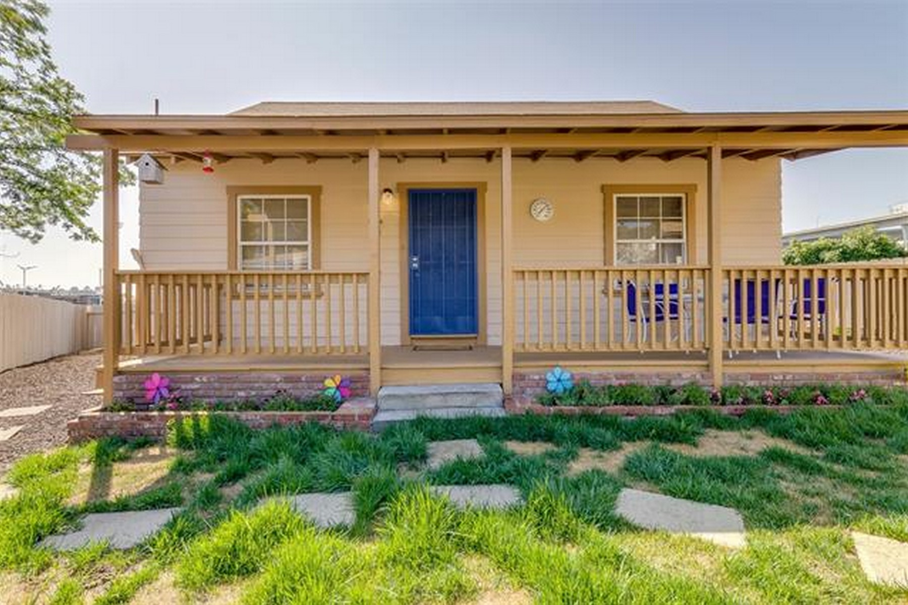 Single Family Home for Sale at 5264 Wood Street La Mesa, California 91941 United States