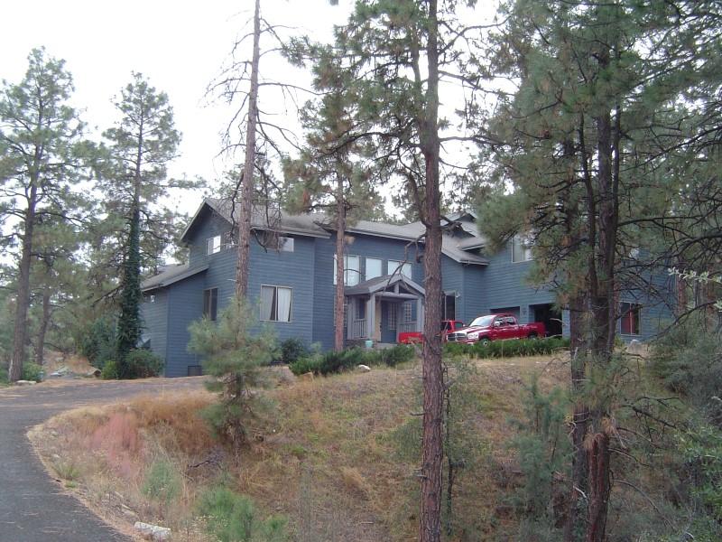 Moradia para Venda às Custom Contemporary Mountain Home 2155 Chickadee Creek Place Prescott, Arizona 86303 Estados Unidos