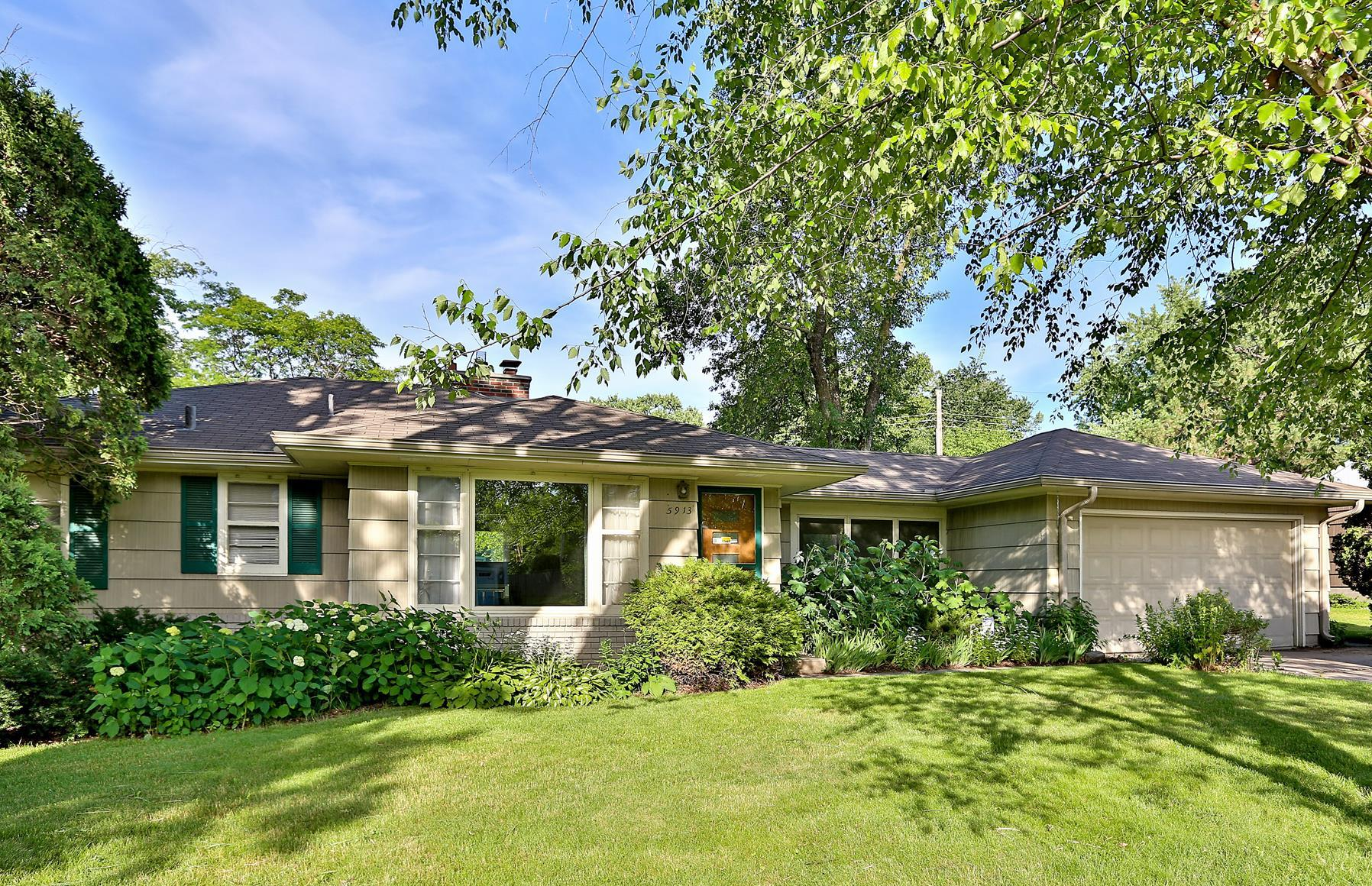 Single Family Home for Sale at 5913 Grimes Avenue Edina, Minnesota, 55424 United States