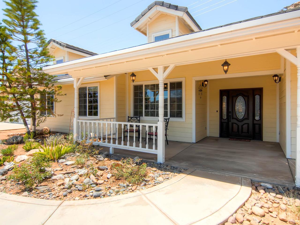 Single Family Home for Sale at 1008 Matamo El Cajon, California 92019 United States