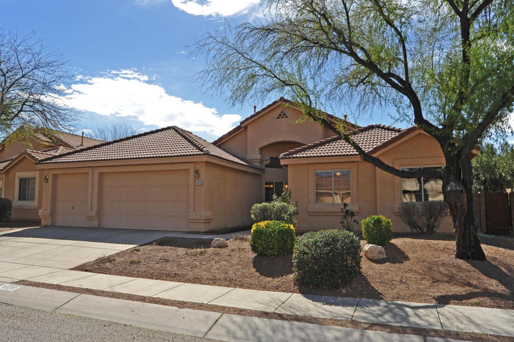 sales property at Well maintained home in the Cottonwood Trails community