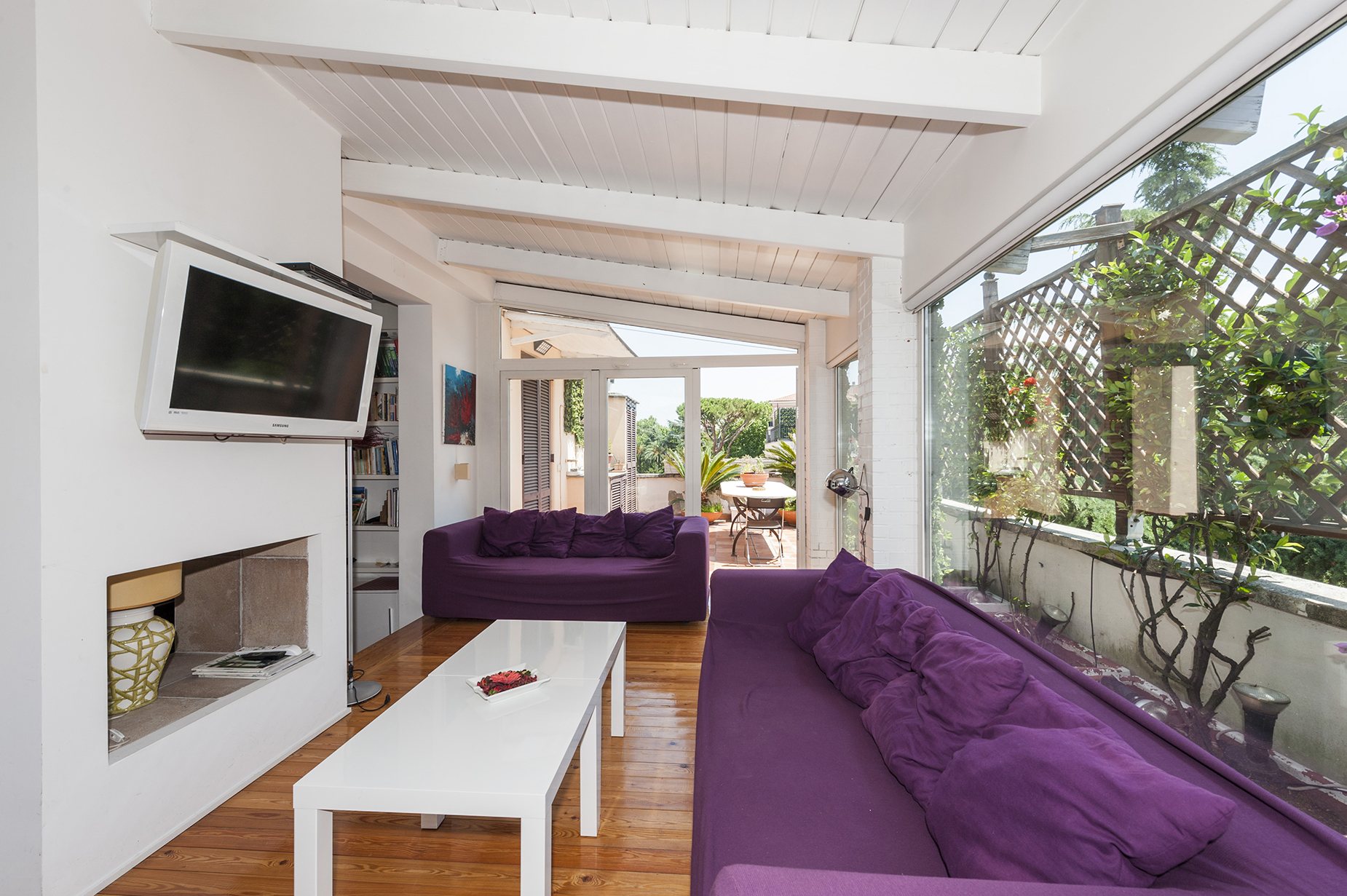 Apartment for Sale at Bright penthouse with terrace modernly renovated Rome, Rome Italy