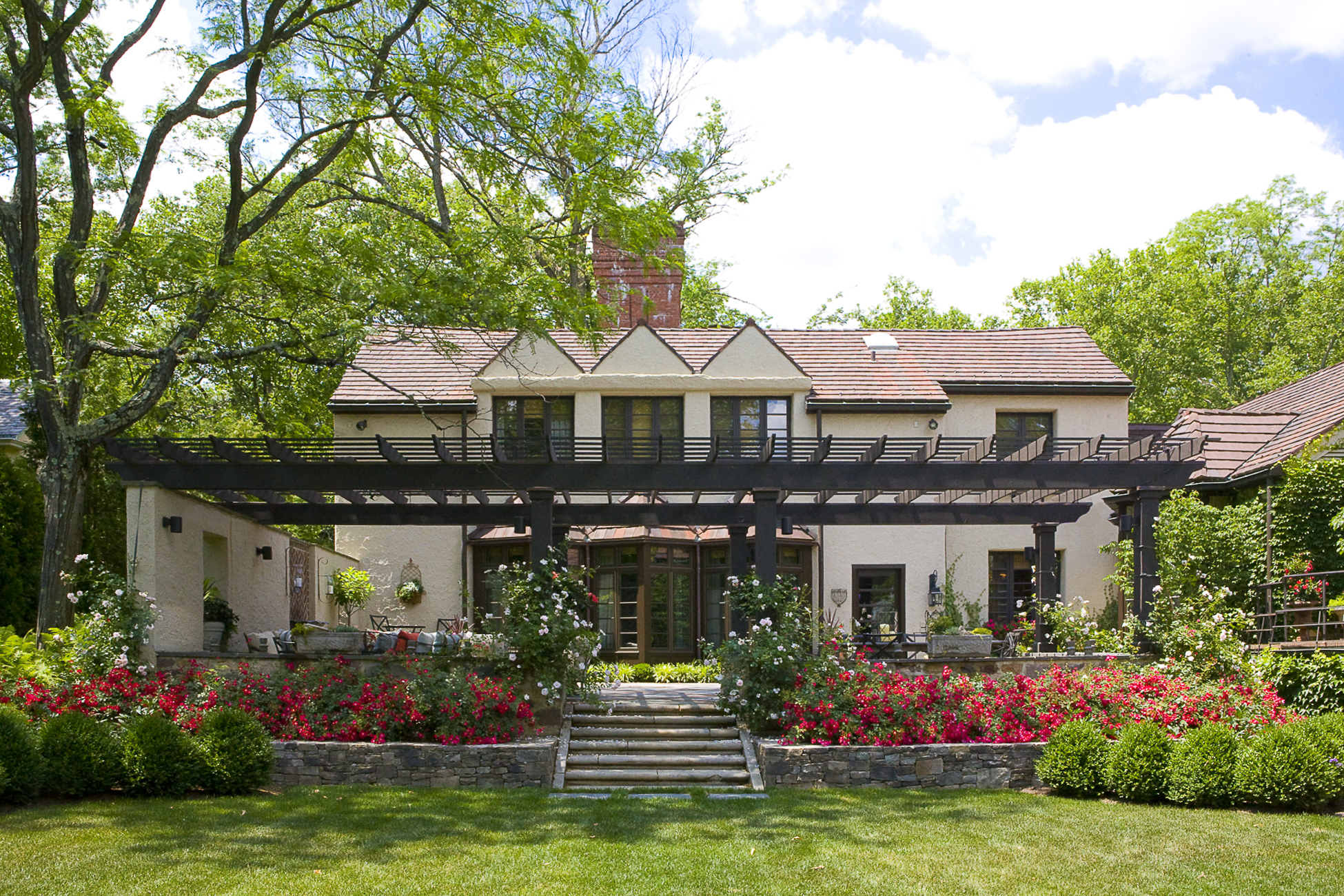 独户住宅 为 销售 在 Edwin Lutyens Inspired Architecture 64 Battle Road Princeton, 新泽西州 08540 美国