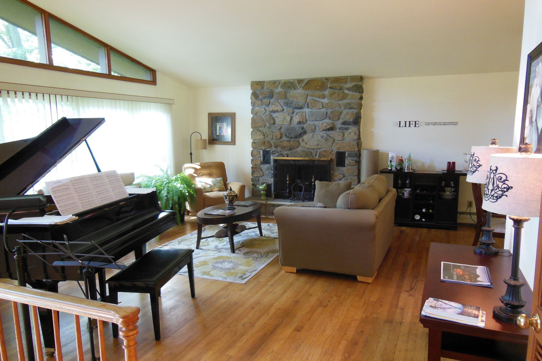 Property Of Contemporary Raised Ranch Rental