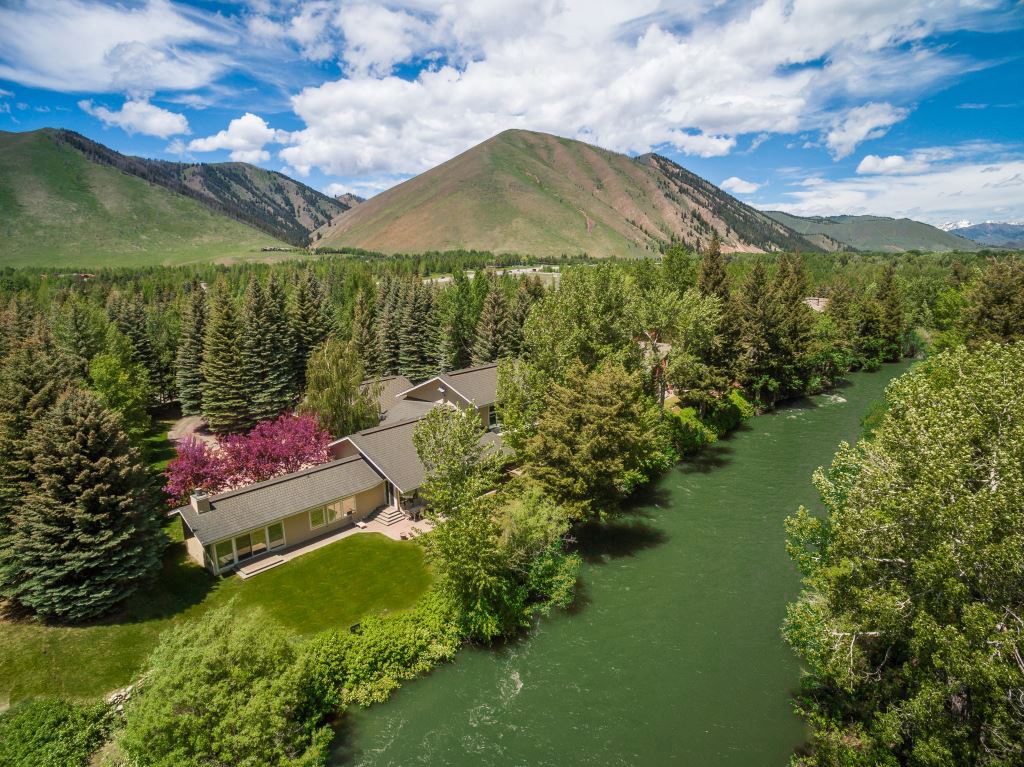 Casa Unifamiliar por un Venta en Twenty Feet to the River 141 Audubon Place Ketchum, Idaho 83340 Estados Unidos