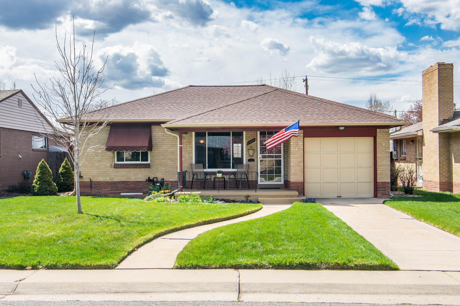 Single Family Home for Sale at Scintillating 3-bedroom, 2-bath Cory-Merrill home! 1065 South Harrison Street Cory-Merrill, Denver, Colorado, 80209 United States