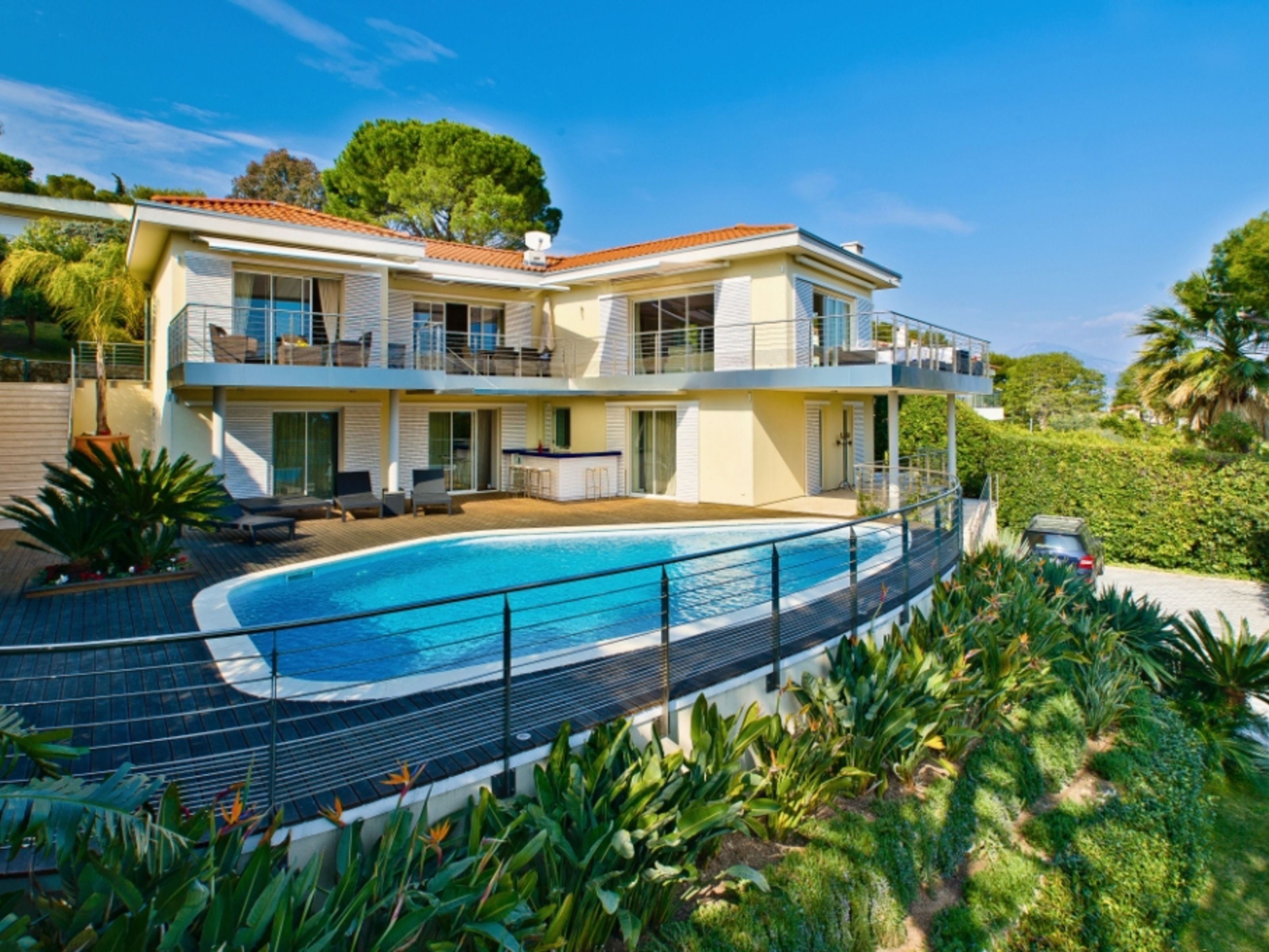 独户住宅 为 出租 在 Beautifully renovated property to rent in the proximity of Grand Hotel Saint Jean Cap Ferrat Saint Jean Cap Ferrat, 普罗旺斯阿尔卑斯蓝色海岸 06230 法国