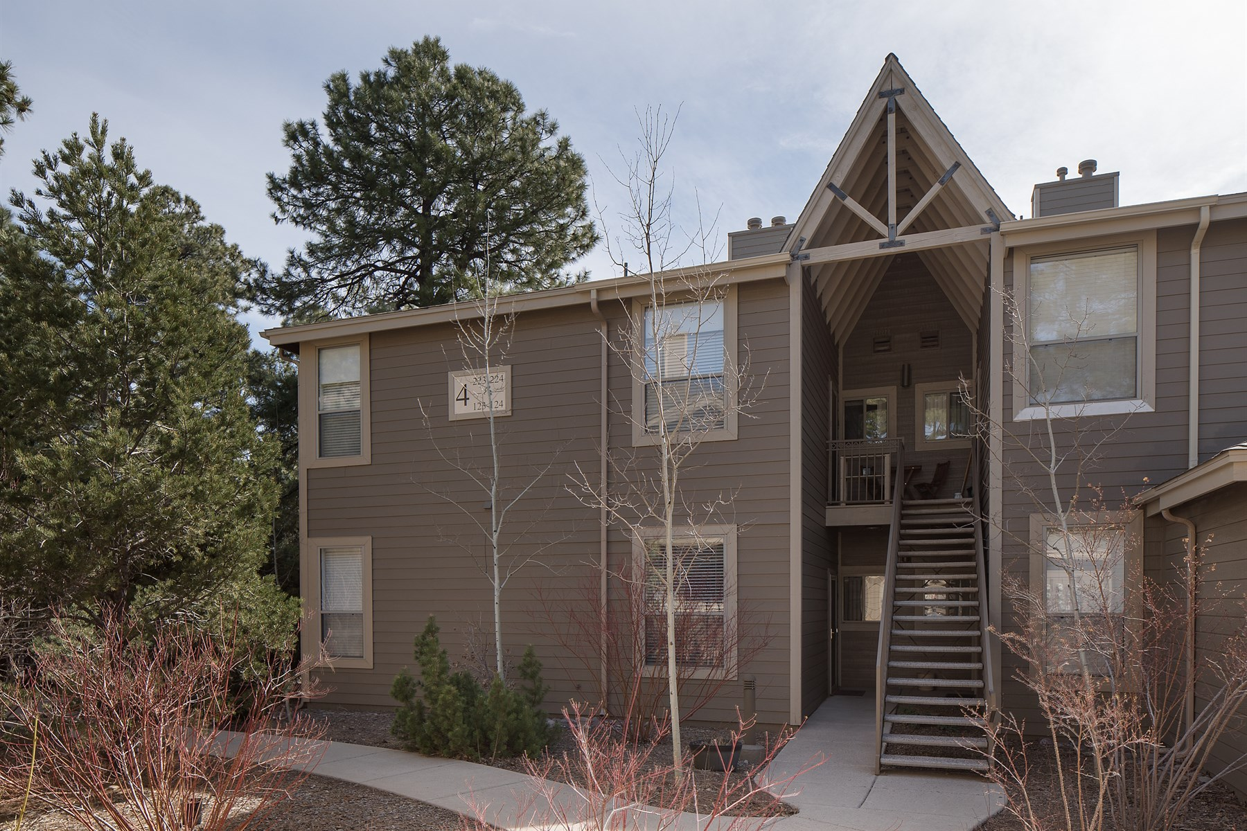 Single Family Home for Sale at Summit park condo 1401 N Fourth St #223 Flagstaff, Arizona, 86004 United States