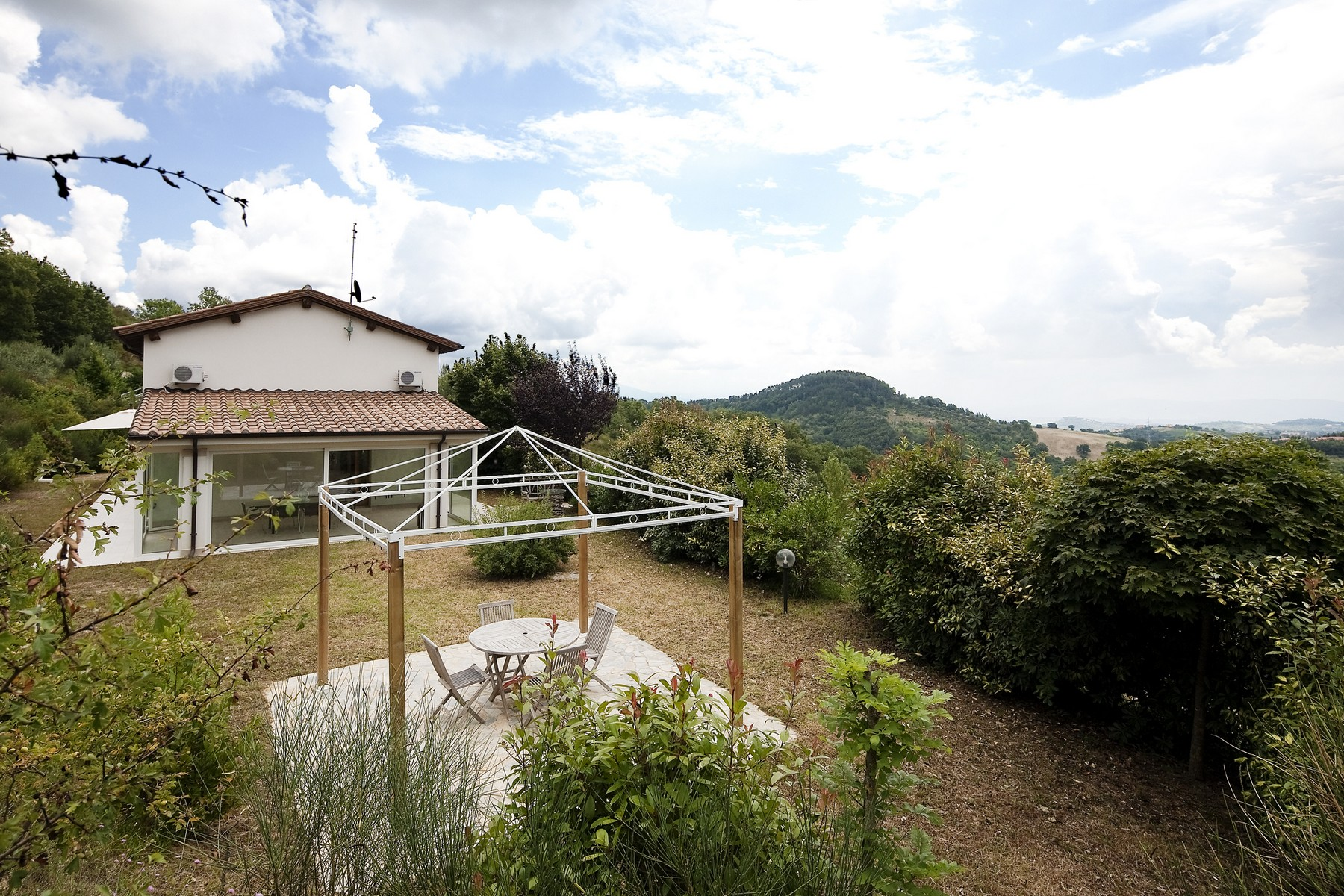 Additional photo for property listing at Design house overlooking Perugia Montelaguardia Perugia, Perugia 06135 Italien