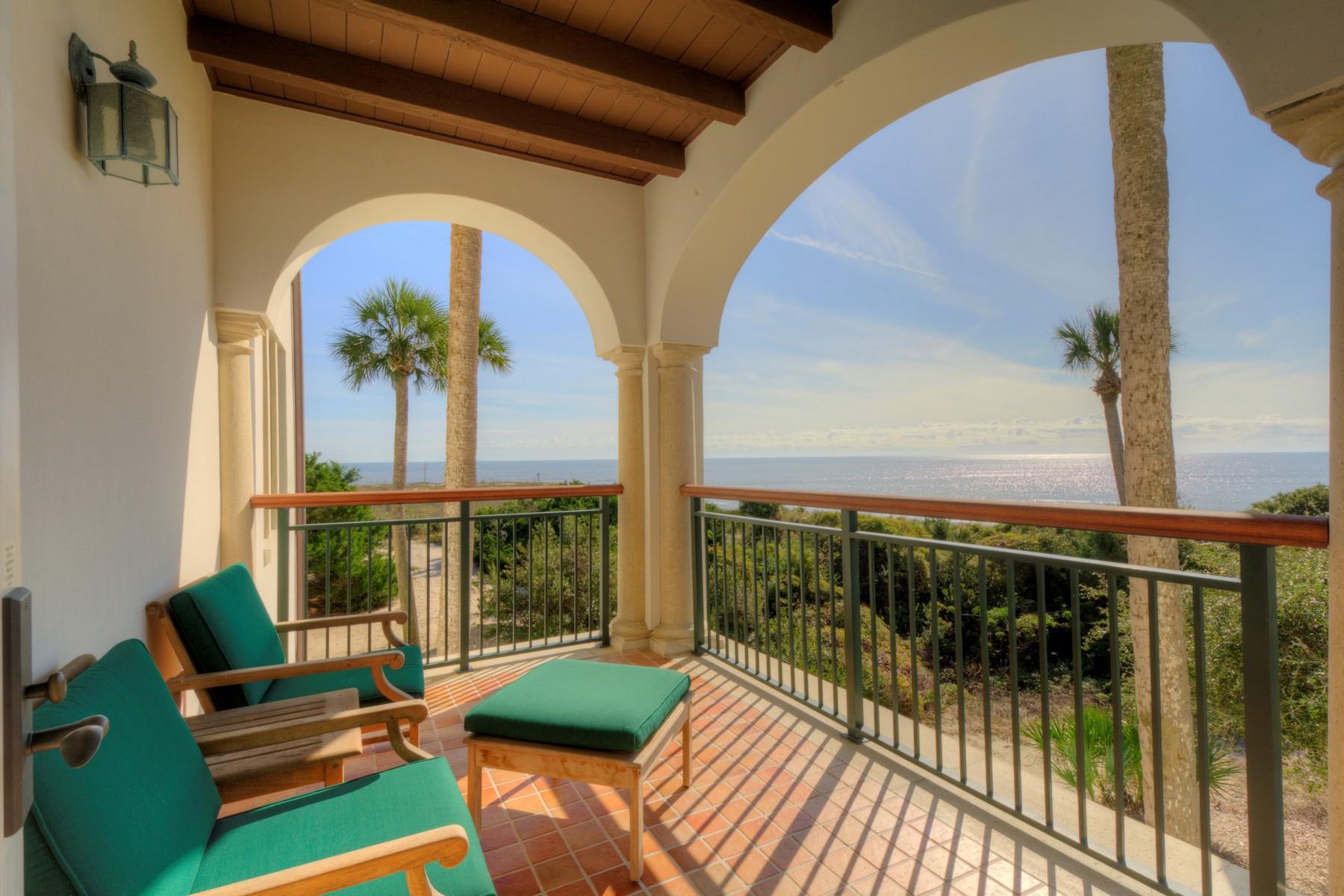 共管式独立产权公寓 为 销售 在 #18 COR 10 Dune Avenue #18 Sea Island, 乔治亚州, 31561 美国