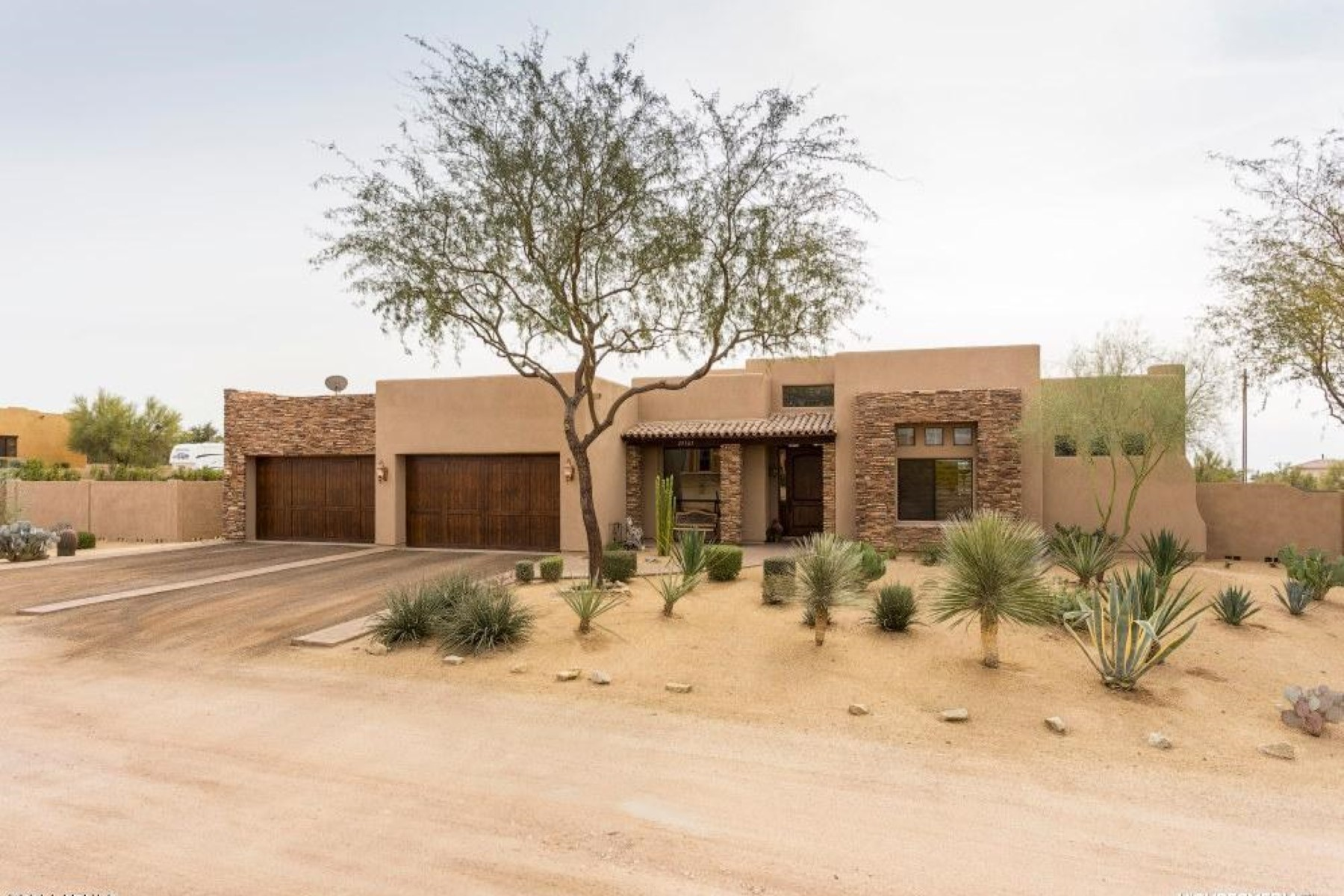 Property For Sale at Custom Built Cave Creek Home on 1.17 Acres