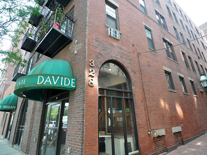 Single Family Home for Sale at 326-328 Commercial Street Unit 53 Boston, Massachusetts 02109 United States