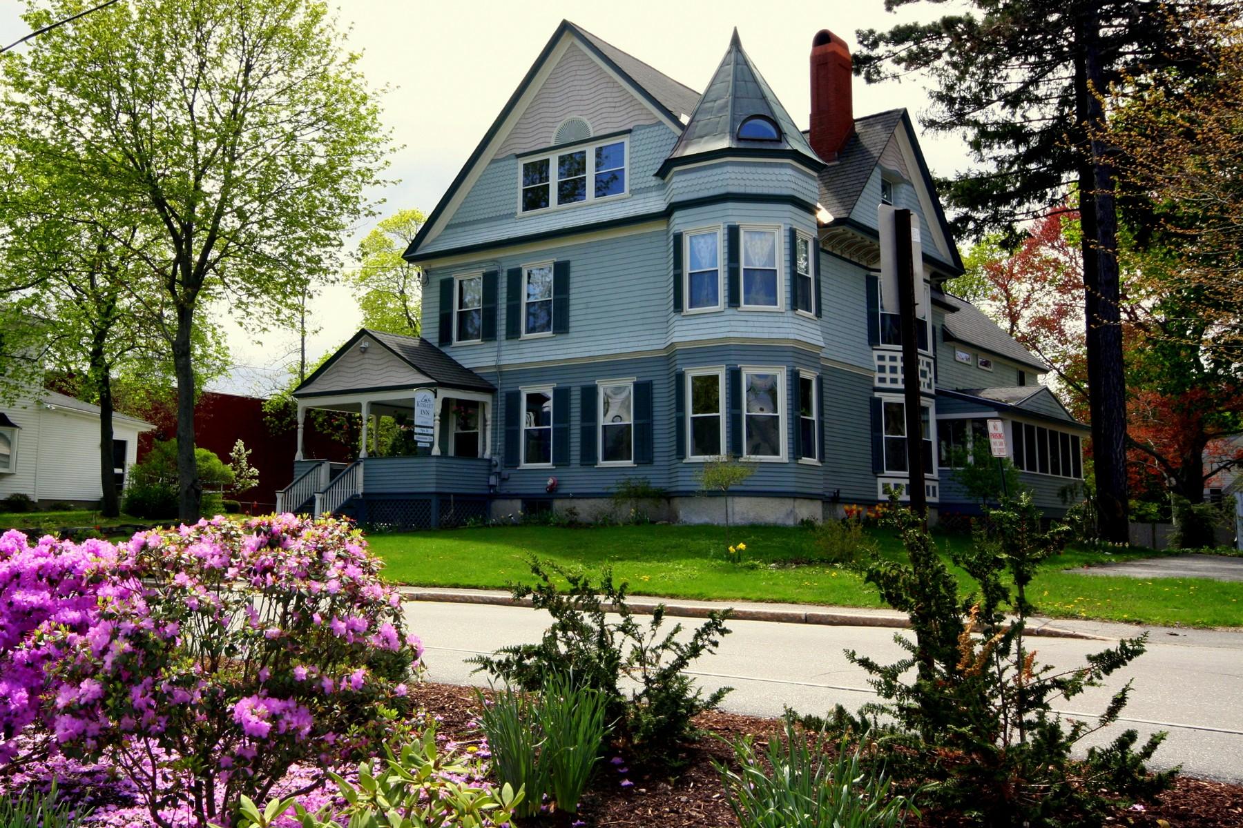 Maison unifamiliale pour l Vente à 44 Summer 44 Summer Street Bath, Maine 04530 États-Unis