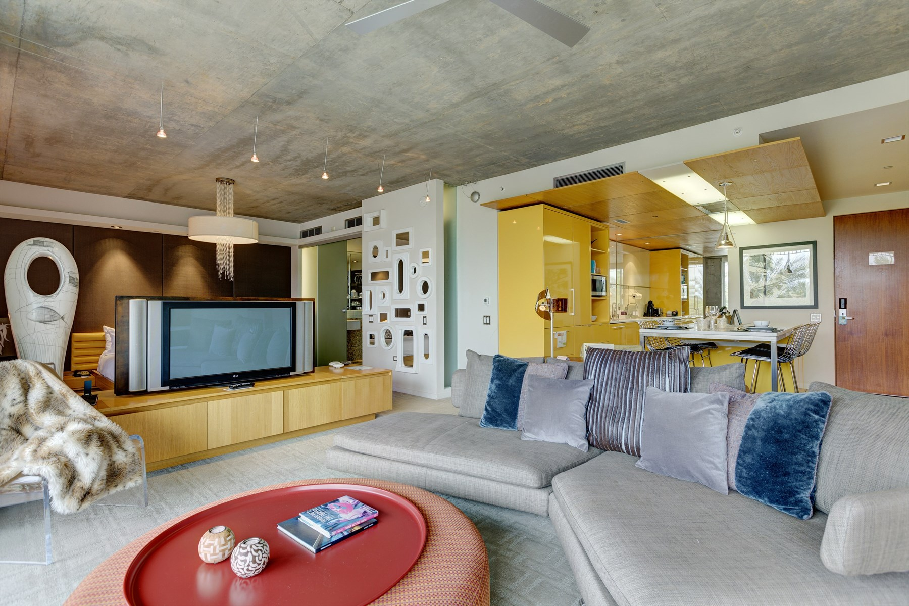 Property Of First Class Mid-Century Boutique Hotel Condo
