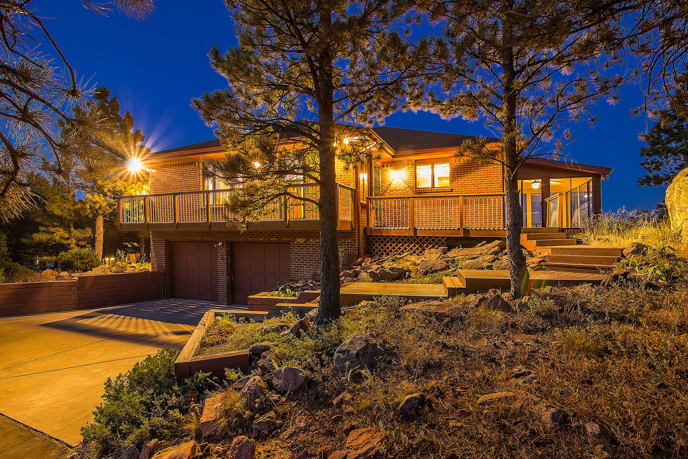 獨棟家庭住宅 為 出售 在 RES 9142 Eastridge Rd Golden, 科羅拉多州 80403 美國
