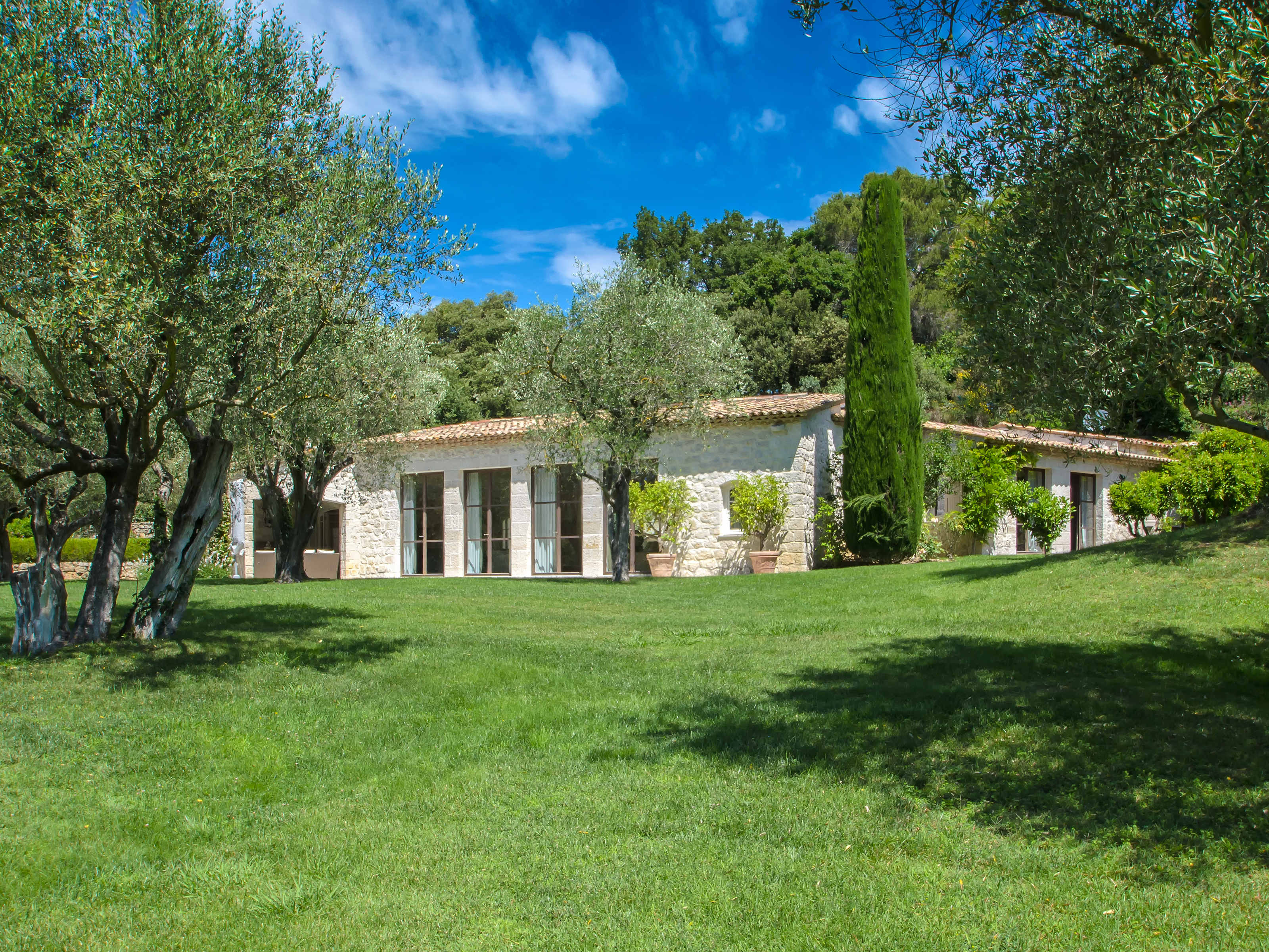Single Family Home for Sale at Mougins-Gated Domain- superb property of 1 Ha of Land Mougins, Provence-Alpes-Cote D'Azur 06250 France