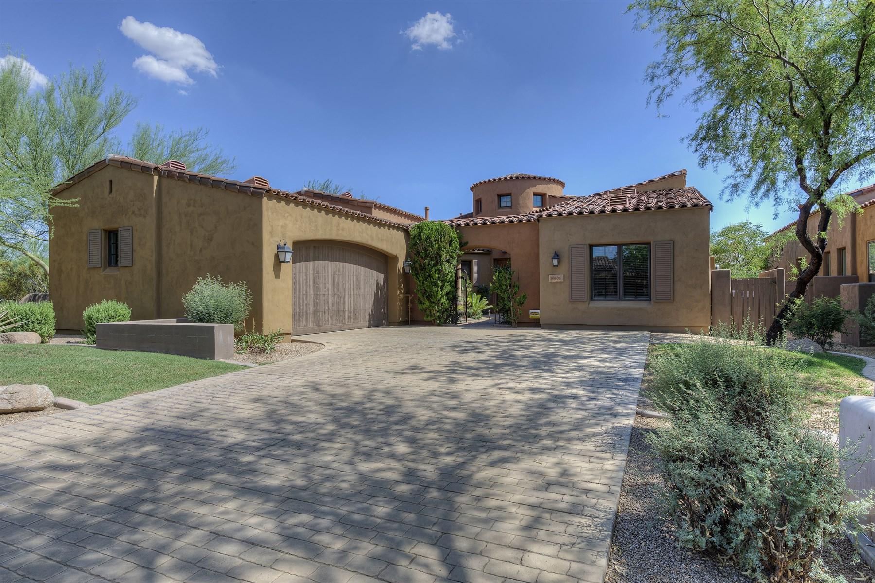 Tek Ailelik Ev için Satış at Beautifully maintained contemporary home in a guard gated area of Grayhawk 8505 E Angel Spirit Dr Scottsdale, Arizona 85255 Amerika Birleşik Devletleri