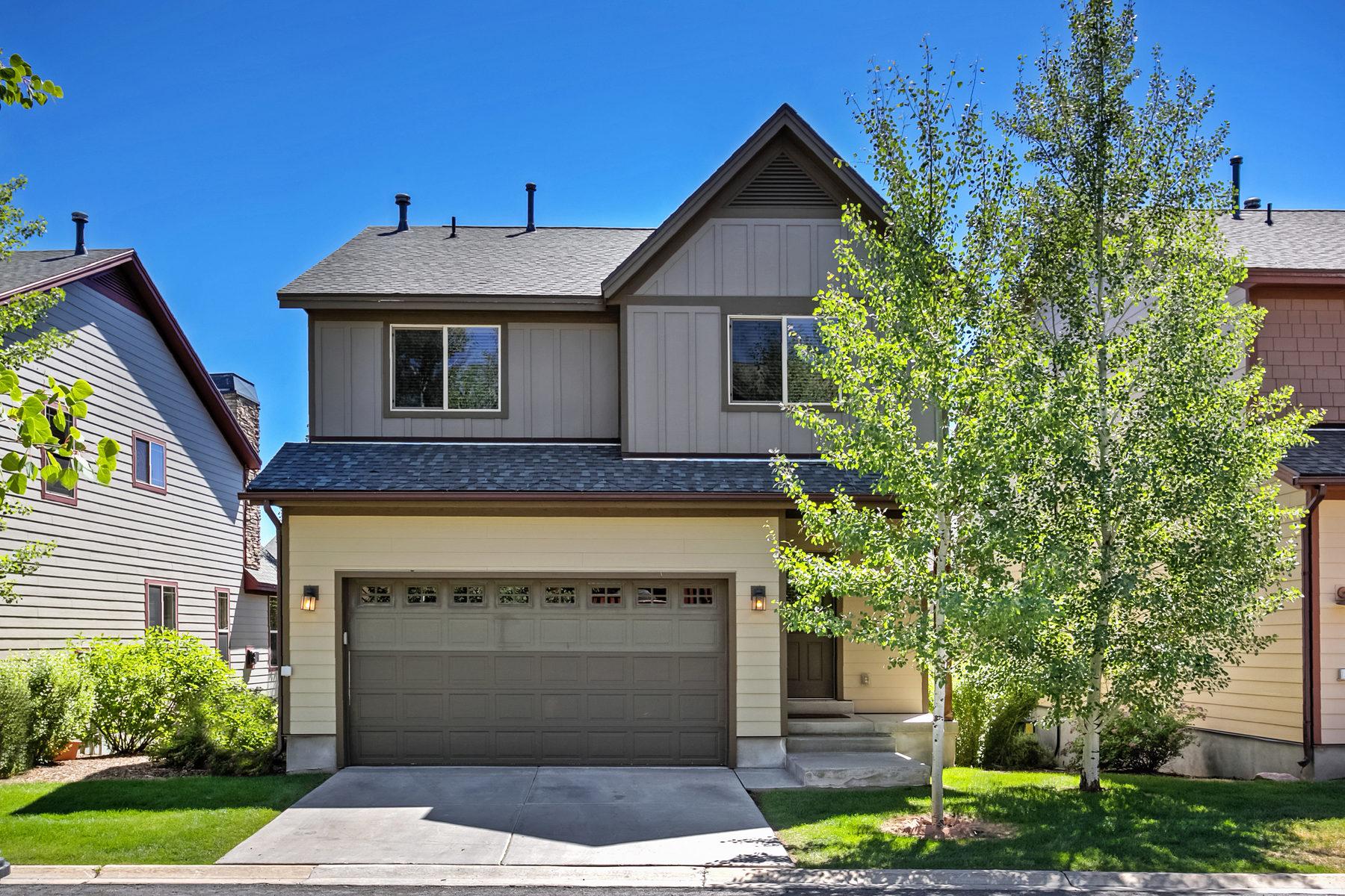 Einfamilienhaus für Verkauf beim Coveted Standalone Home in Bear Hollow 5616 W Kodiak Way Park City, Utah, 84098 Vereinigte Staaten