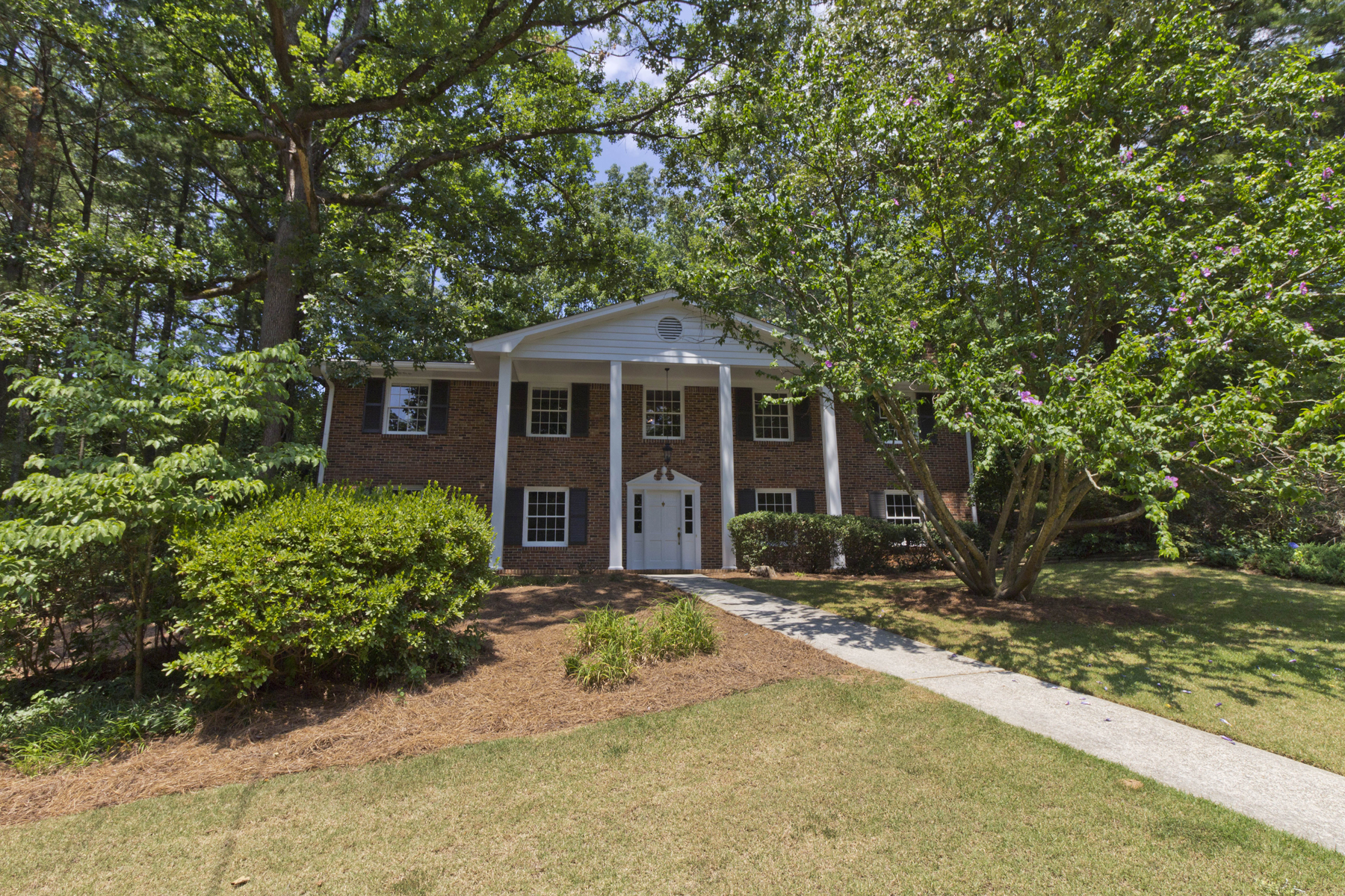 sales property at Quiet Sandy Springs/Chastain Location