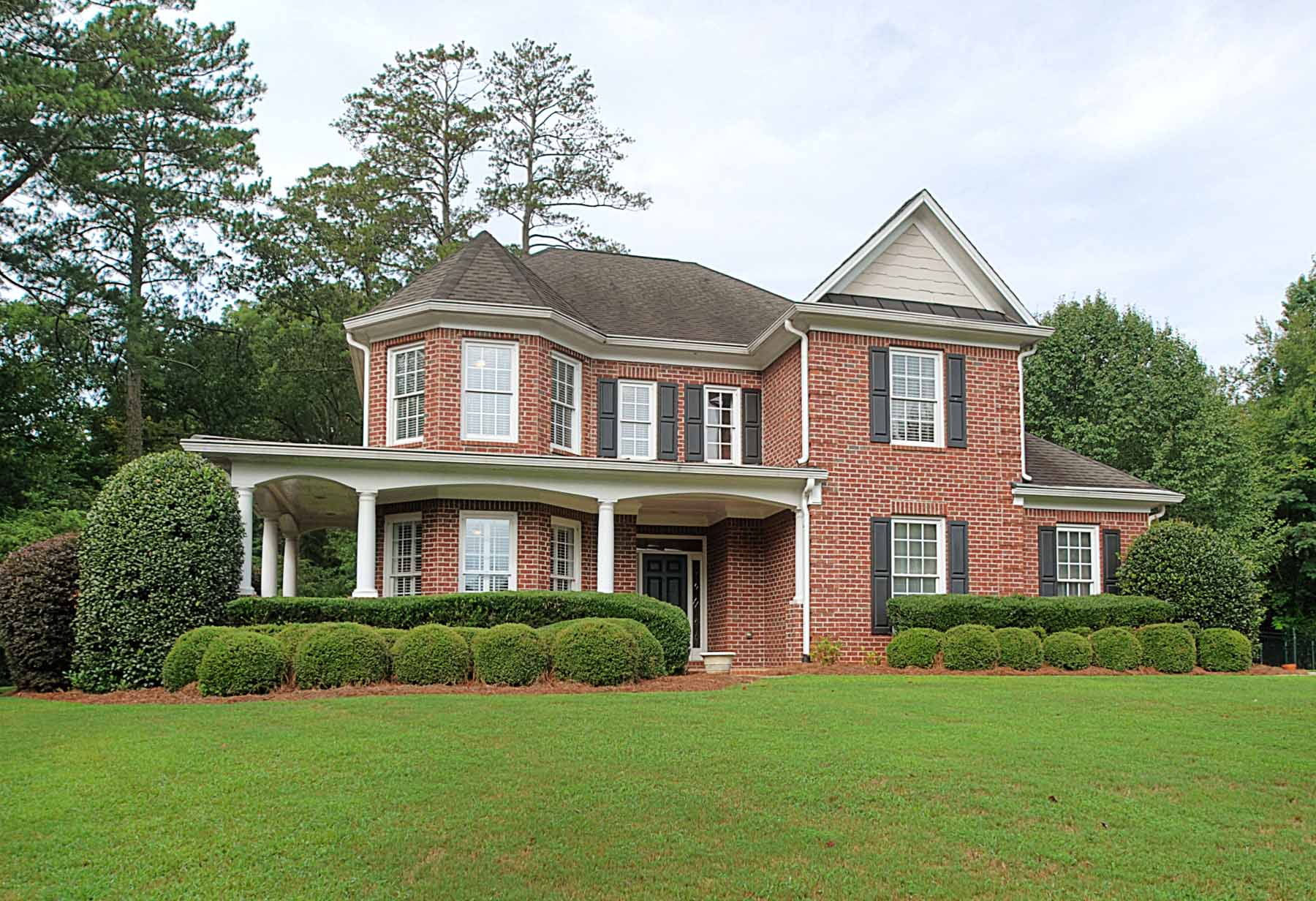 Single Family Home for Sale at Peaceful Park Living in Roswell 150 Lynwood Drive Roswell, Georgia 30075 United States