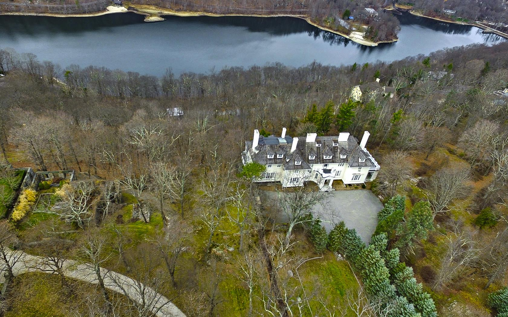 Single Family Home for Sale at FRELINGHUYSEN ESTATE Circuit Rd Tuxedo Park, New York 10987 United States