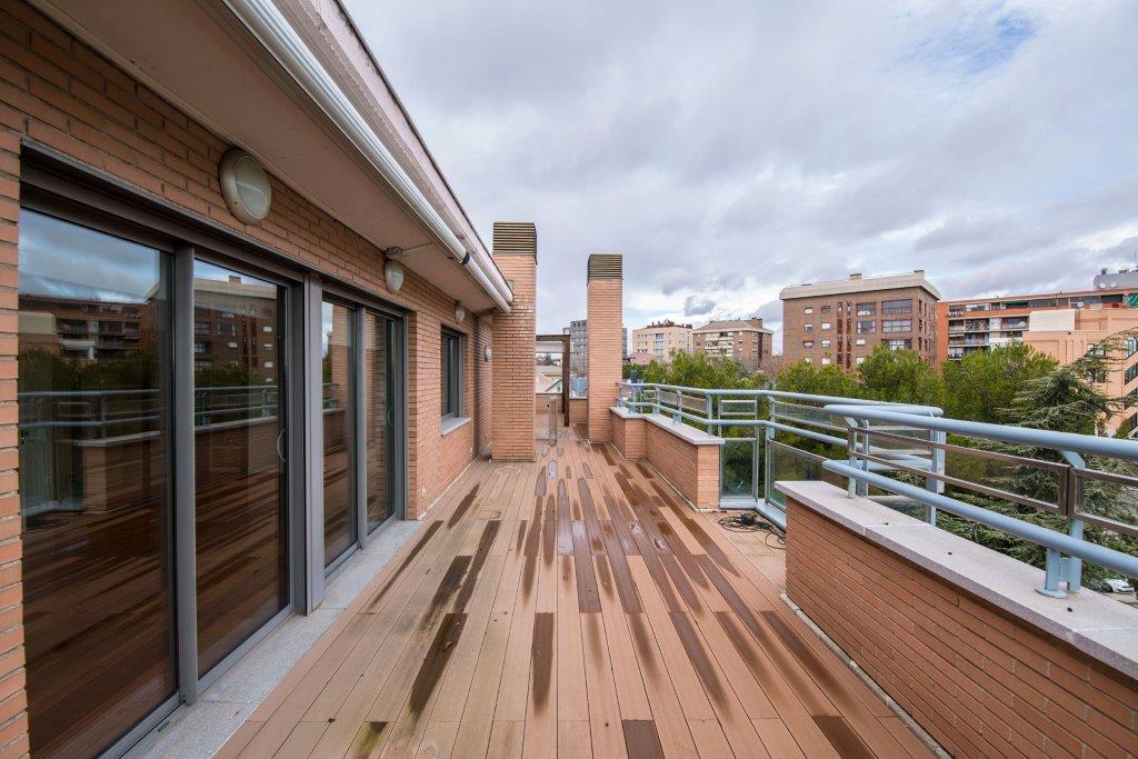 Duplex 용 매매 에 Excelente ático duplex en Conde de Orgaz Madrid, 마드리드 스페인