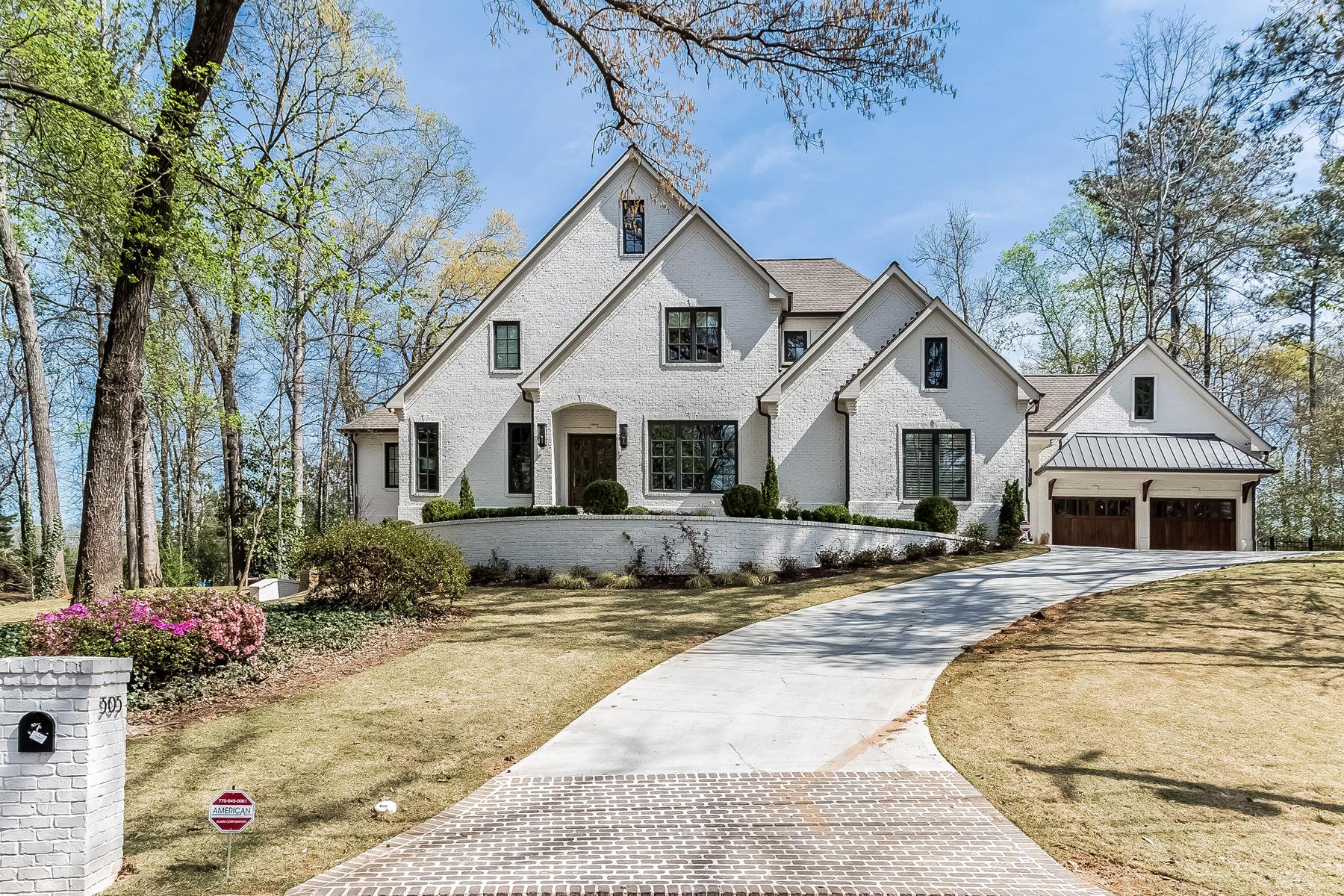 Casa para uma família para Venda às European Masterpiece 6605 Cherry Tree Lane Sandy Springs, Geórgia, 30328 Estados Unidos