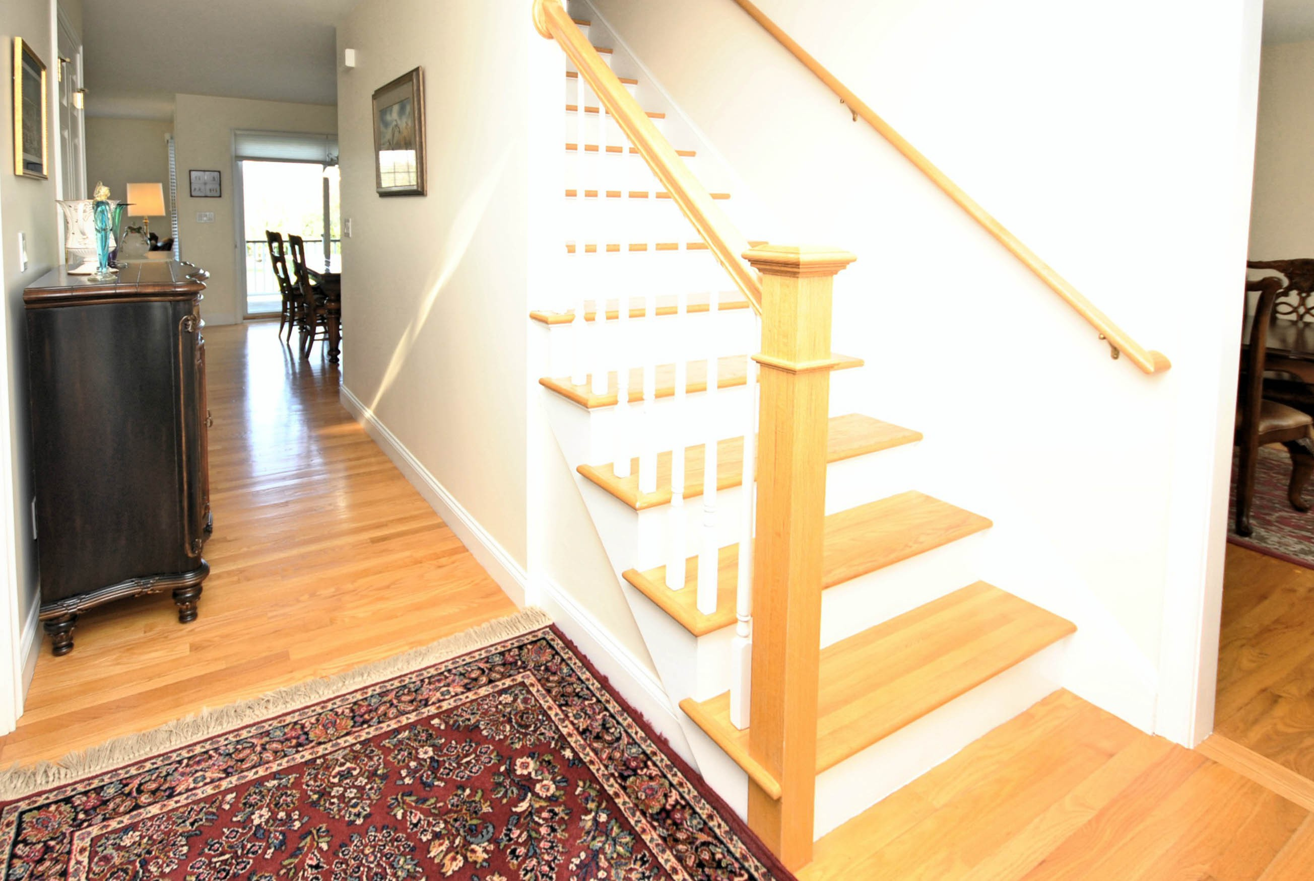 Additional photo for property listing at Meticulously Maintained Colonial 16 Paddock Lane Middletown, Rhode Island 02842 United States