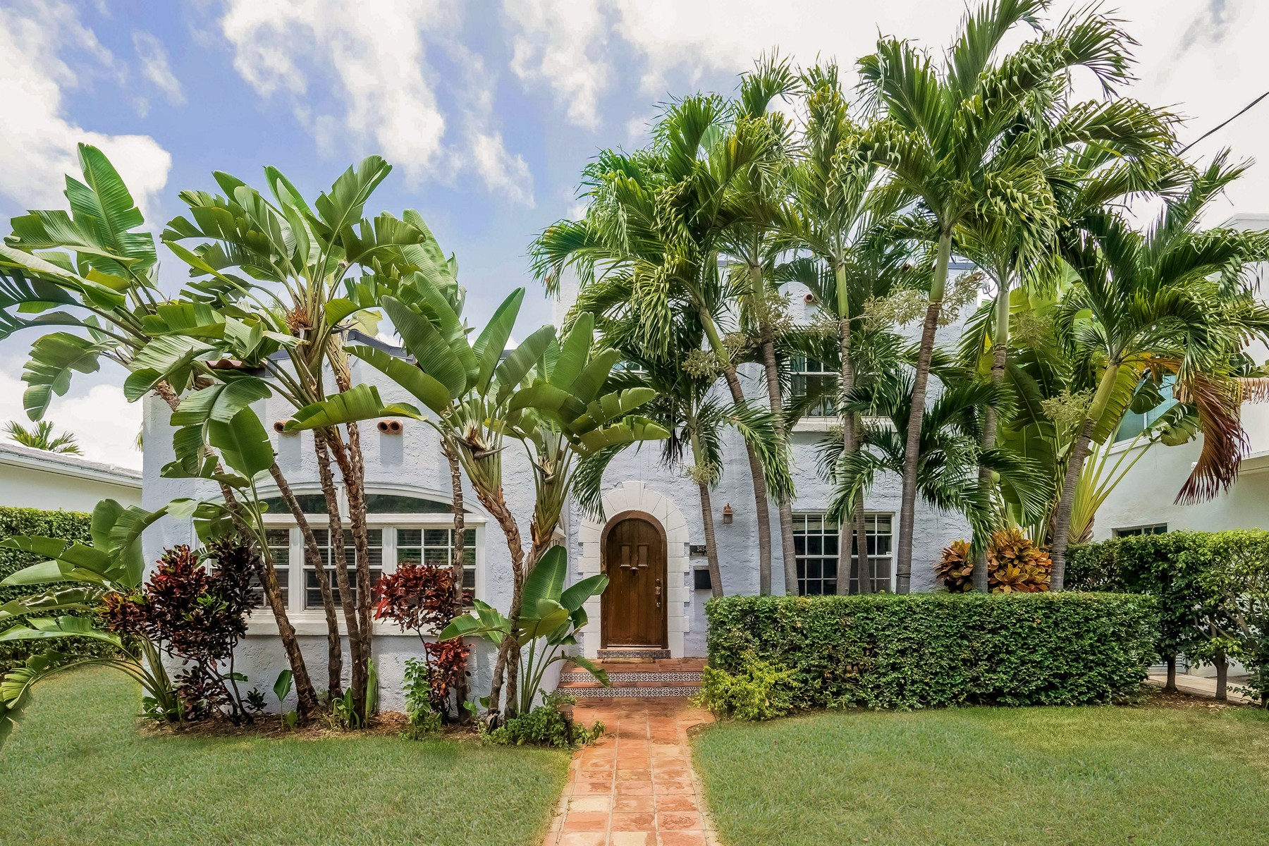 Single Family Home for Sale at 3454 Sheridan Ave Miami Beach, Florida 33140 United States